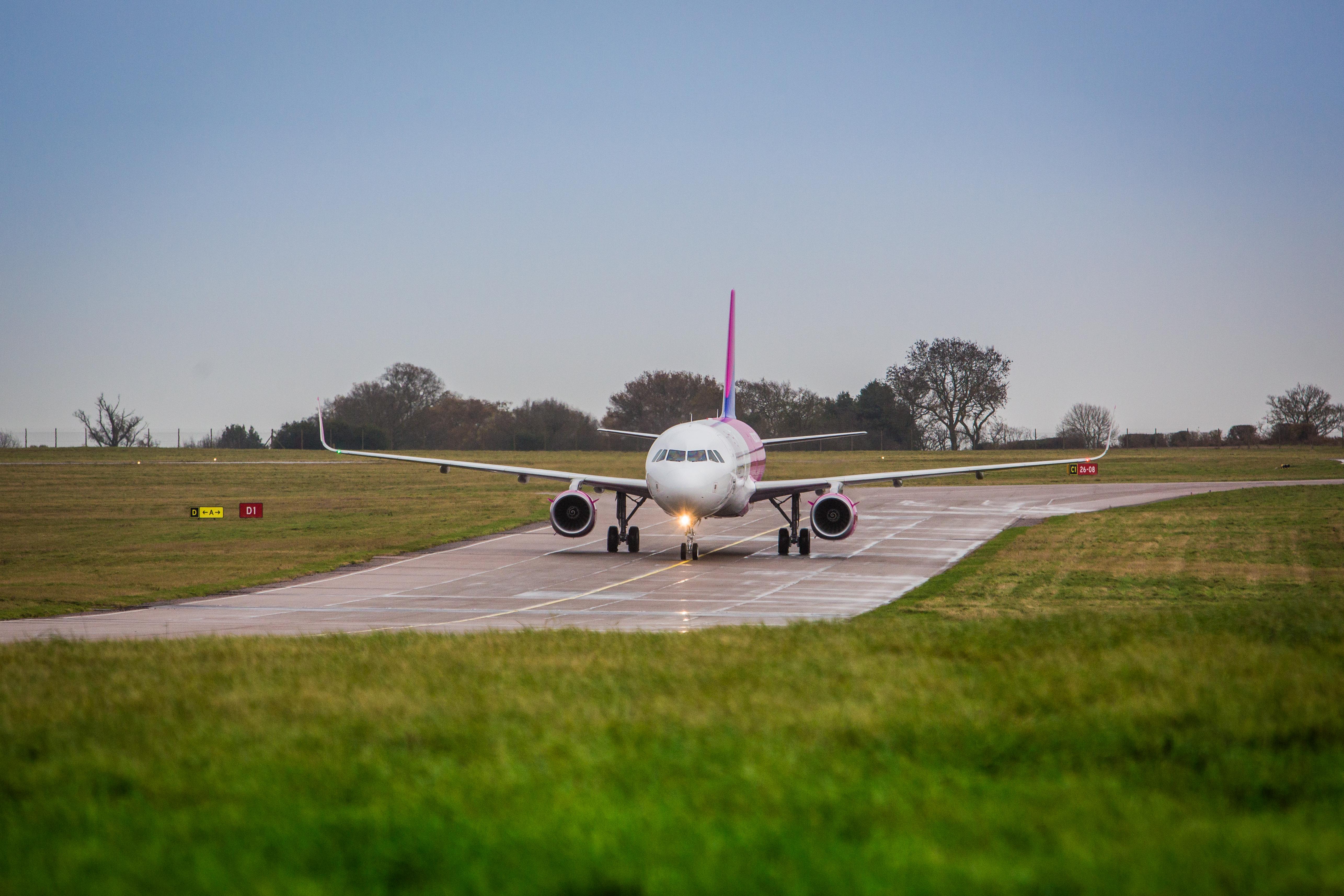 Wizz Air har en række ruter til Billund Lufthavn – blandt andet fra Ukraines hovedstad Kiev, der på engelsk staves Kyiv. Foto: Wizz Air.