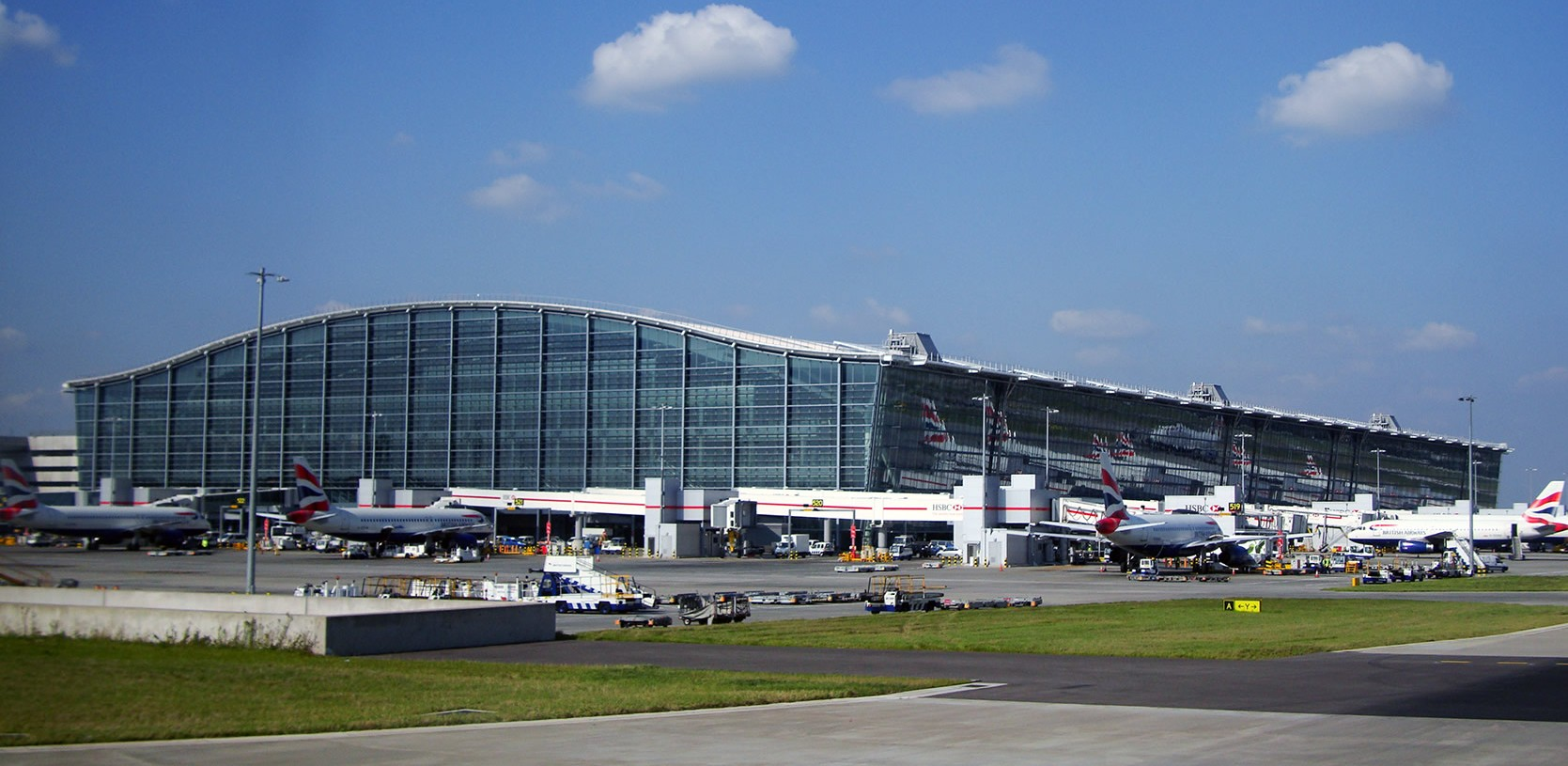 Terminal 5 i London Heathrow. Foto: Warren Rohner