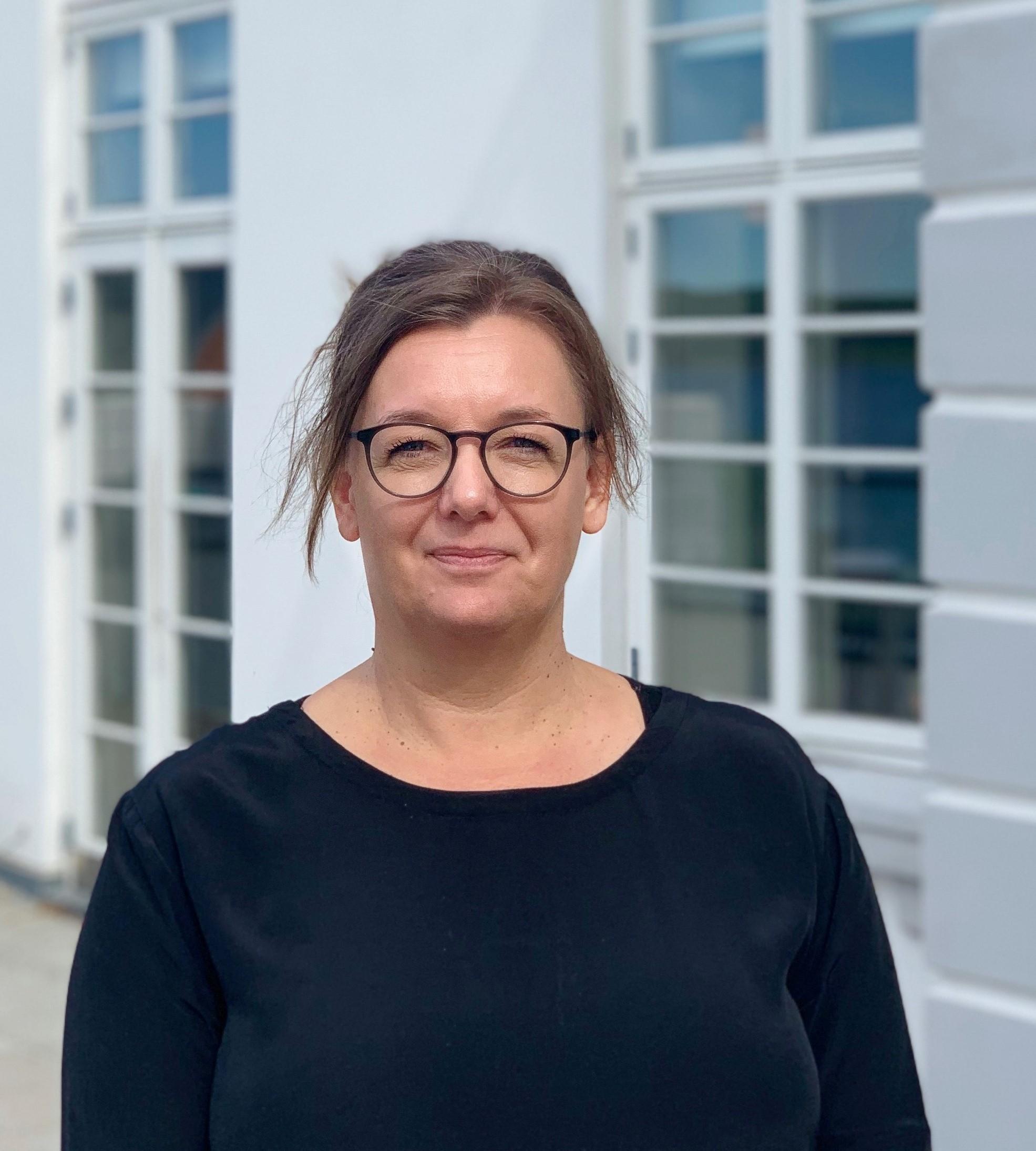 Christina Nielsen er ny direktør for Sinatur-hotellet i Middelfart, hvor hun også bor med sin familie. I fritiden sejler hun blandt andet match racing fra marinaen i Middelfart. Foto: Sixtus Sinatur Hotel & Konference.