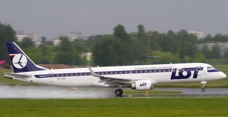 Polske LOT vil frem til oktober flyve op til fem gange om ugen mellem Warszawa og sin nyeste destination, Libanon med en Embraer 195. Foto: LOT Polish Airlines.