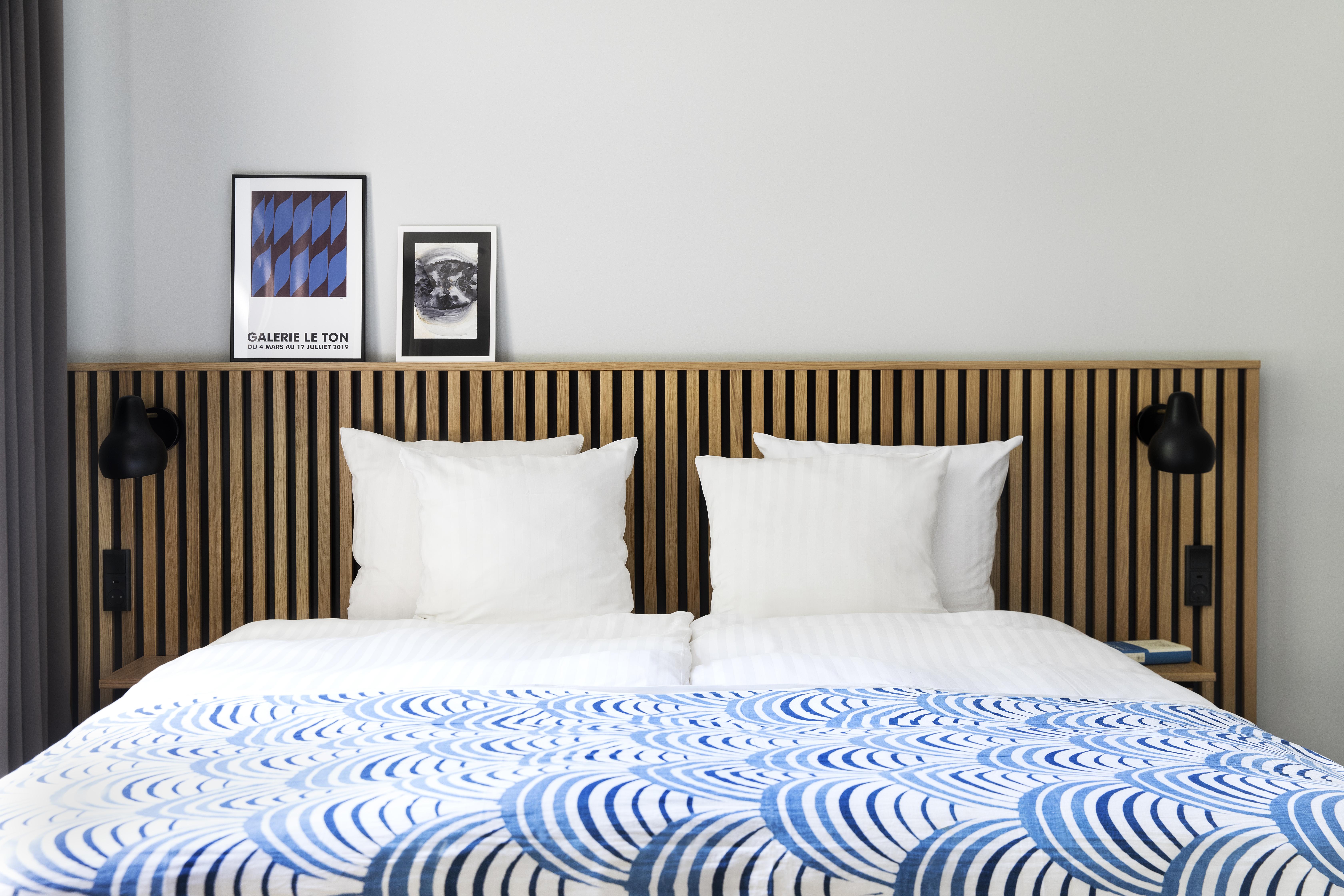 Et eksempel på et af de nyrenoverede værelser på Hotel Copenhagen Crown, der nu er restaurantkæden Cofoco's første hotel. Foto: Cofoco.