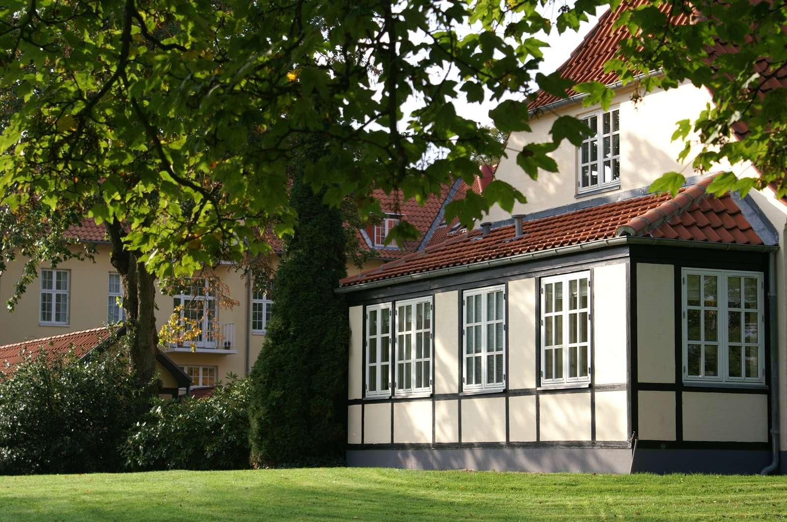 Gl. Skovridergaard tæt på bymidten i Silkeborg er et firestjernet hotel og femstjernet konferencecenter. Pressefoto fra VisitSilkeborg.