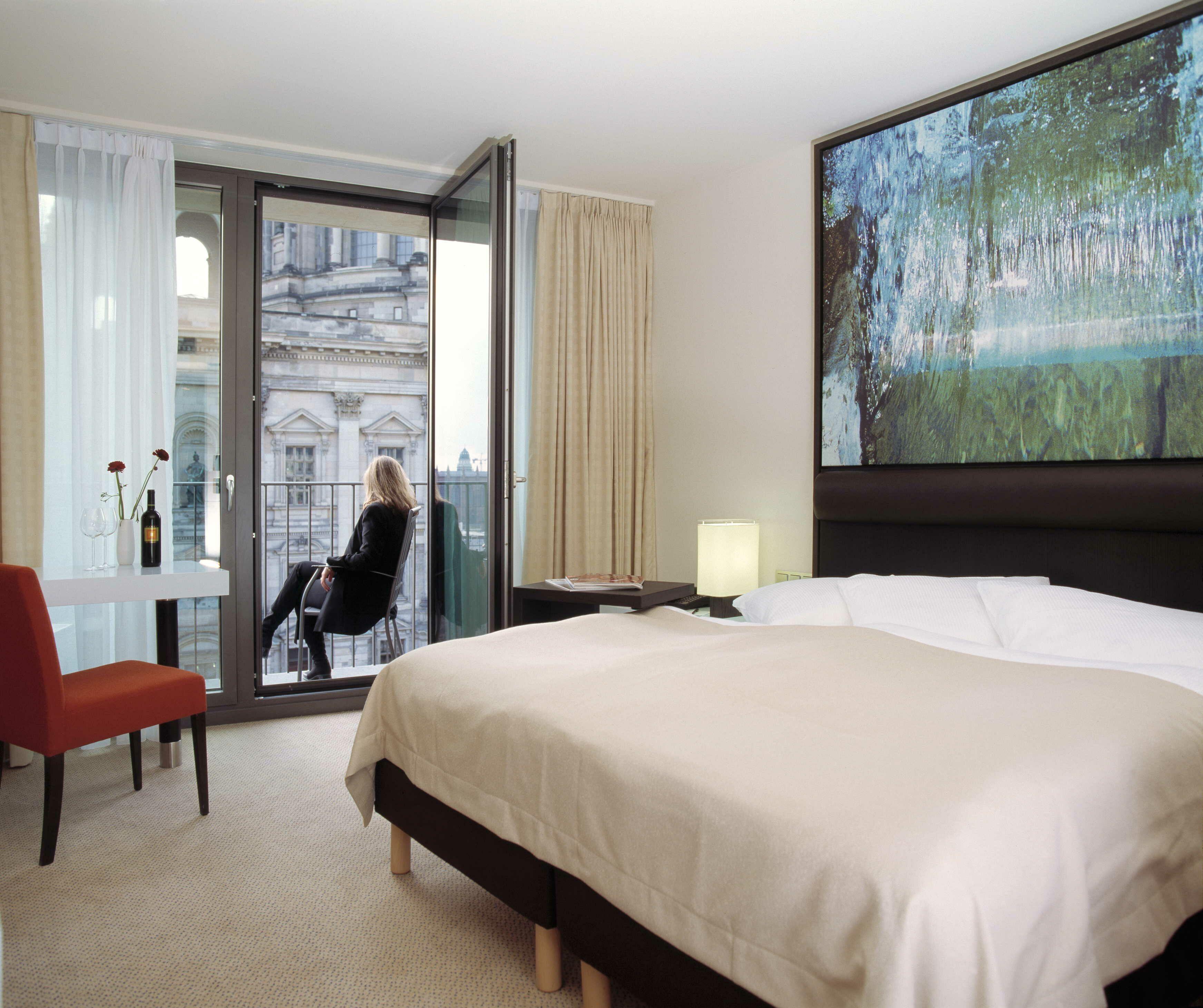 Der kan være mange faldgruber når forbrugerne selv booker hotel – frem for at lade rejsebureauet klare dette. Hotelværelset på arkivfotoet har intet at gøre med de sager, der nævnes i artiklen.