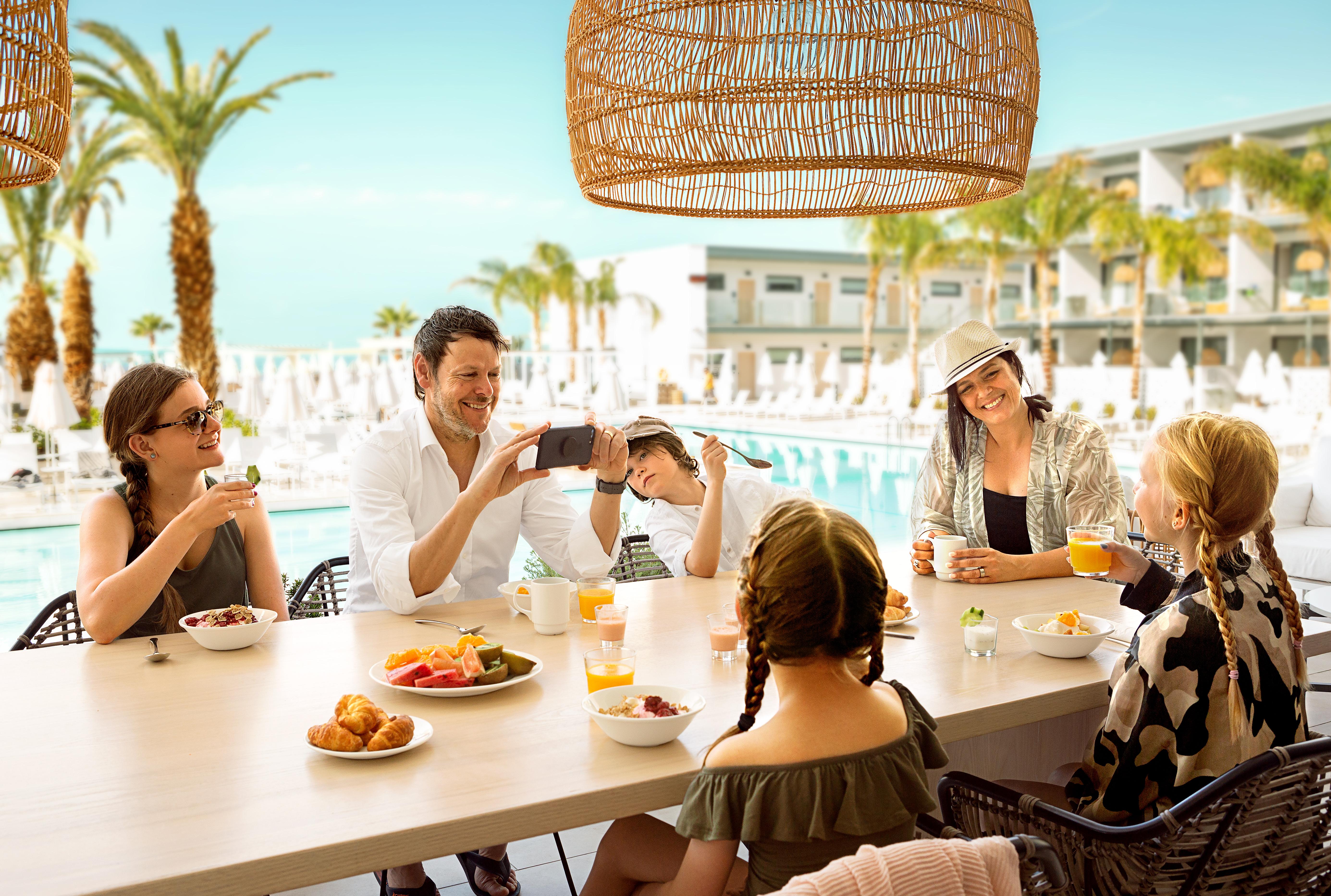 Cypern er sammen med Mallorca, Rhodos, Kreta og tyrkiske Antalya og Alanya de største rejsemål for Spies denne sommer. Pressefoto fra Spies.