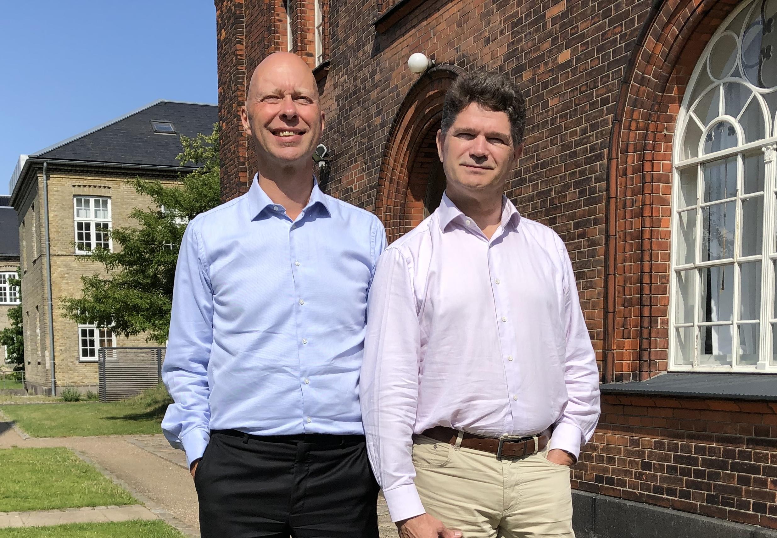 Makkerparret bag Silver Tray, Peter Rasmussen, til venstre, og Jesper Rovsing Olsen. Privatfoto.