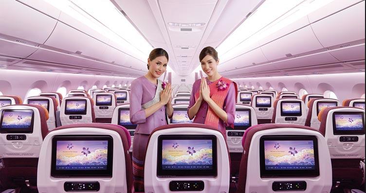 Thai Airways' er netop begyndt at sælge sæderne med bedre benplads på economy for et ekstra tillæg – fra København til Bangkok er prisen 100 dollars per strækning. Pressefoto fra Thai Airways.