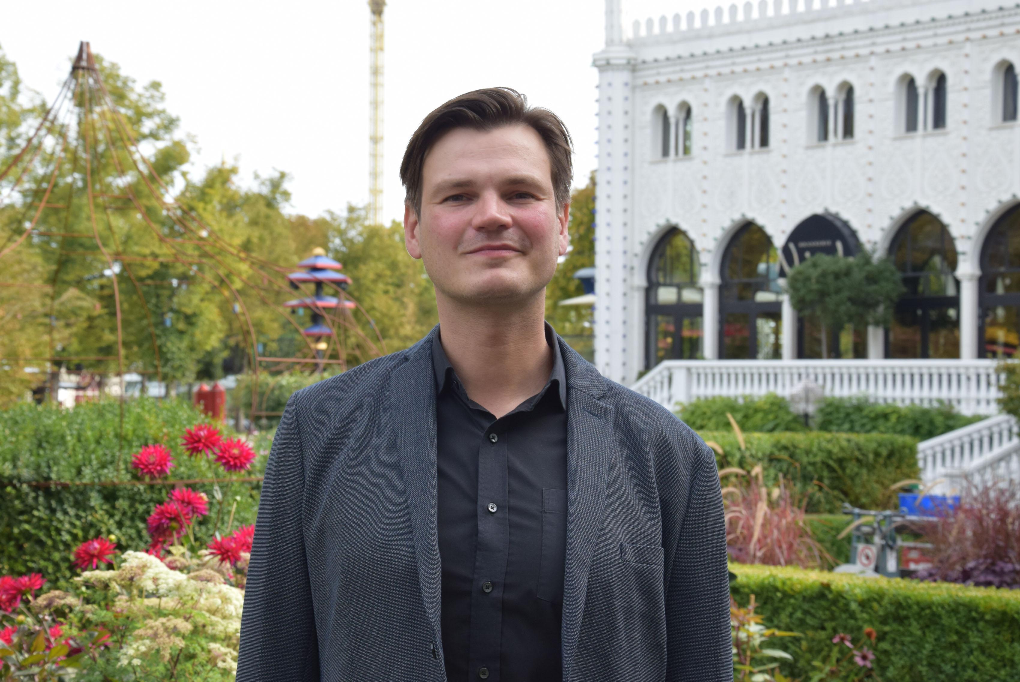 38-årige Jakob Volquards Harreby er fra 1. oktober ny general manager for Food & Beverage (F&B) i Tivoli. Foto: Torben Plank.