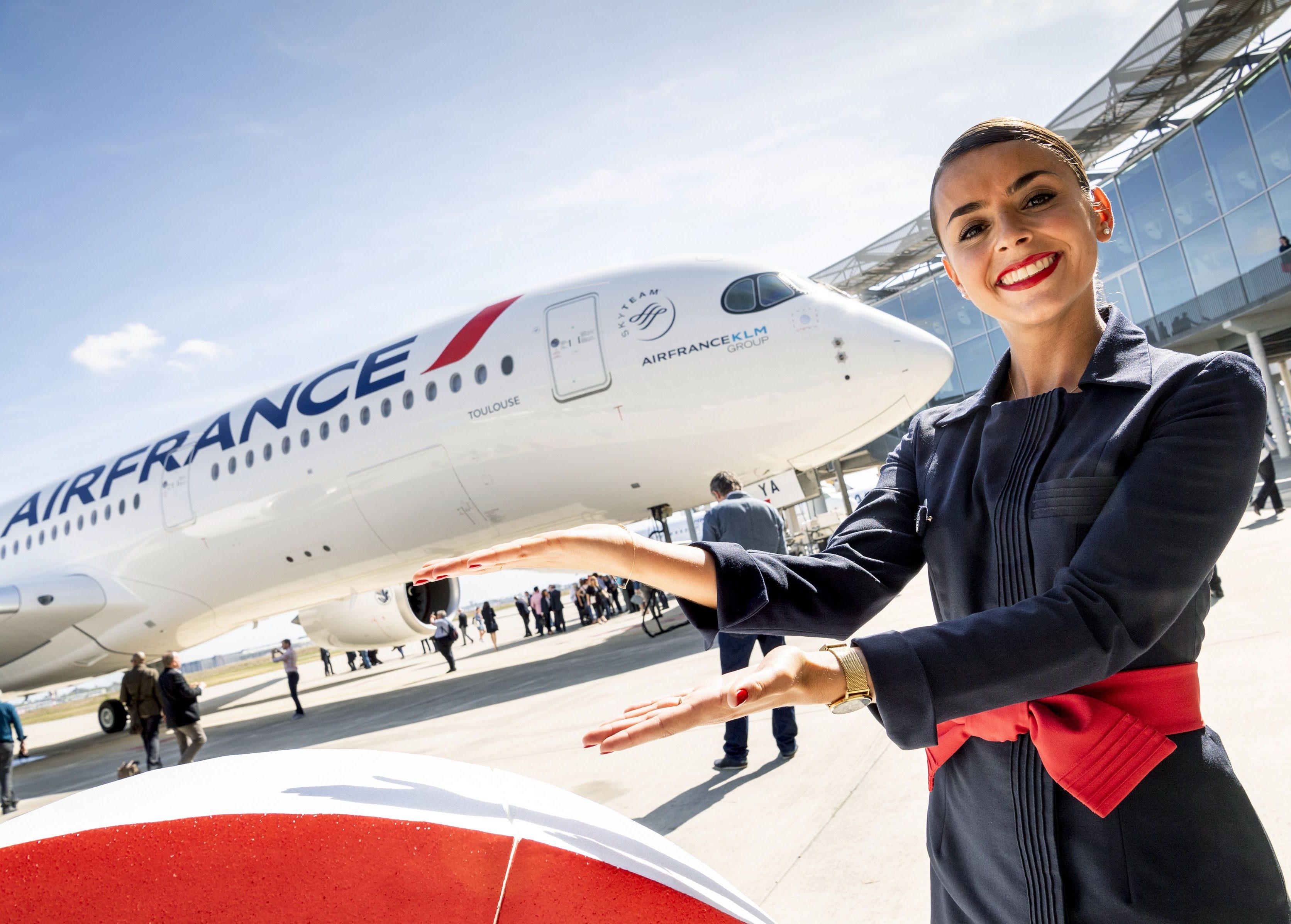 Air Frances nyeste langrutefly er Airbus A350, som selskabet skal have 28 af – leveringerne begyndte dette efterår. I alt har Air France over 110 langrutefly fra Airbus og Boeing. Pressefoto for Airbus: A. Doumenjou, master films.
