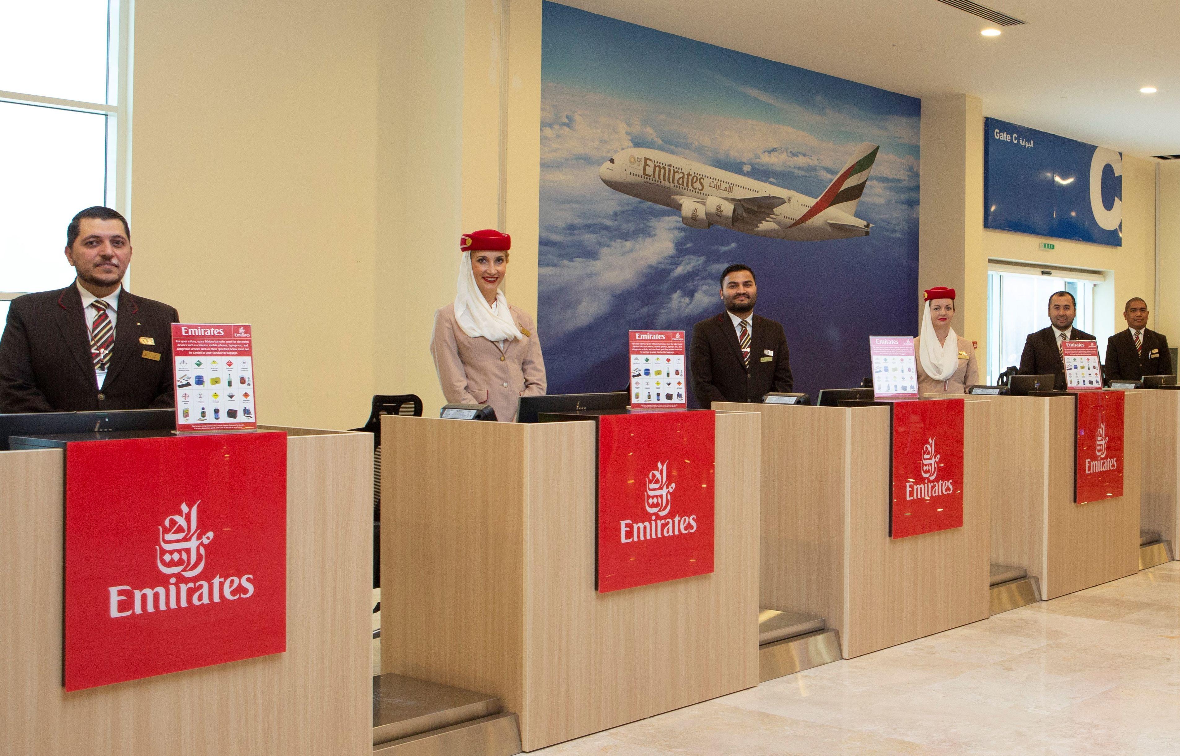 Der er otte check-in skranker i Emirates' krydstogtterminal i havnebyen Port Rashid, der modtager krydstogtskibe til og fra emiratet Dubai. PR-foto: Emirates.