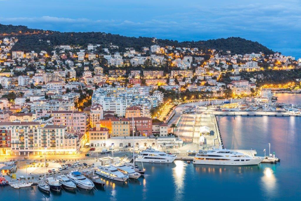 British Airways åbner til sommer nye ruter til destinationer ved Middelhavet – ligesom en række eksisterende ruter får øget kapacitet, for eksempel sydfranske Nice, billedet. Pressefoto: British Airways.