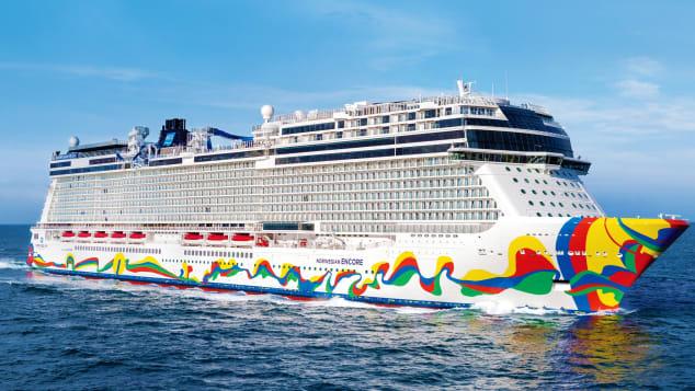 Norwegian Encore vandt prisen som årets bedste nye oceangående krydstogtskib – skibet er en del af Norwegian Cruise Line's Breakaway Class. Pressefoto fra NCL.