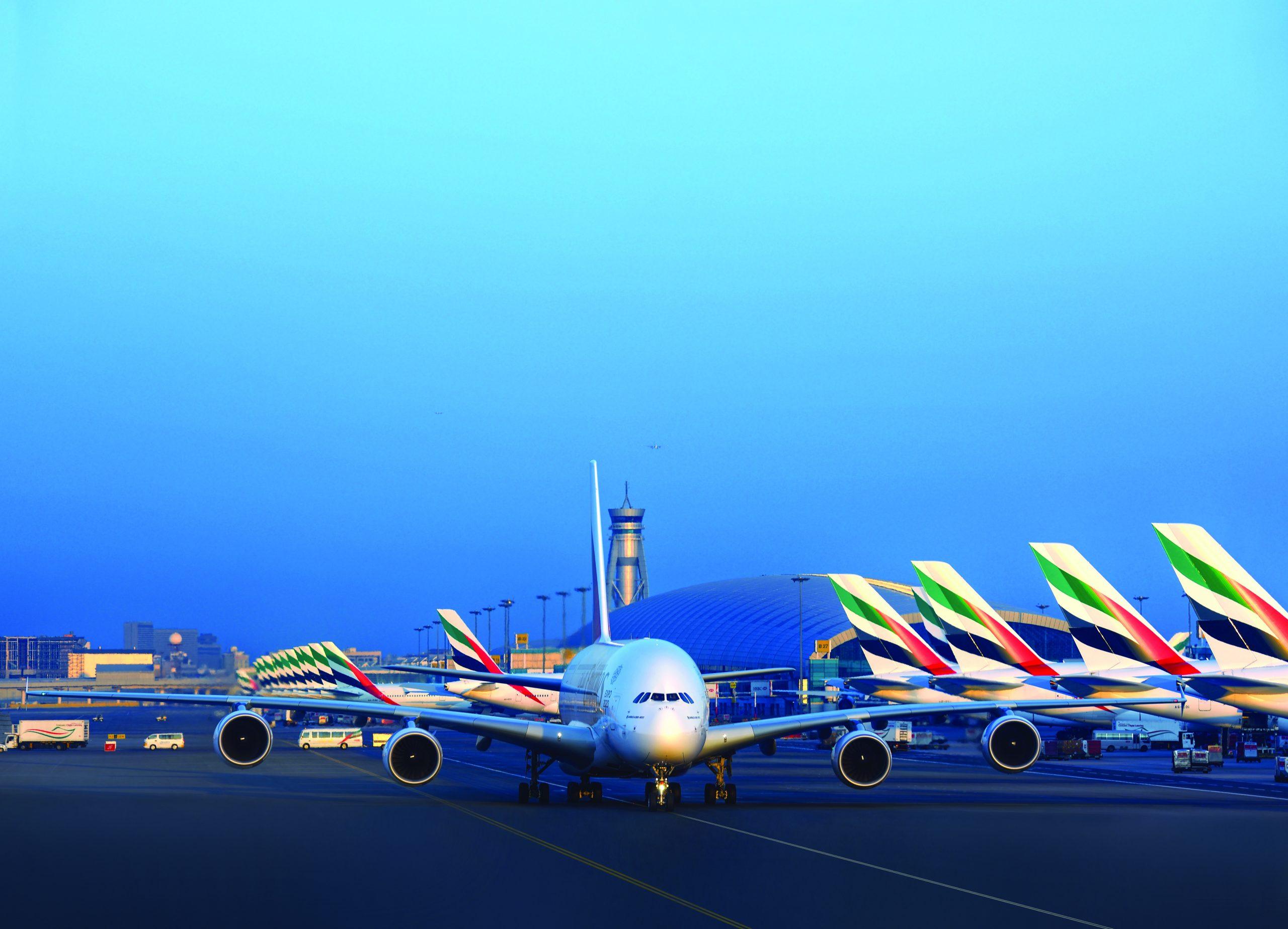 Emirates er verdens største operatør af verdens største passagerfly, Airbus A380 – selskabet har foreløbig 115 eksemplarer af typen, der for Emirates betjener 53 destinationer. Pressefoto fra Emirates.
