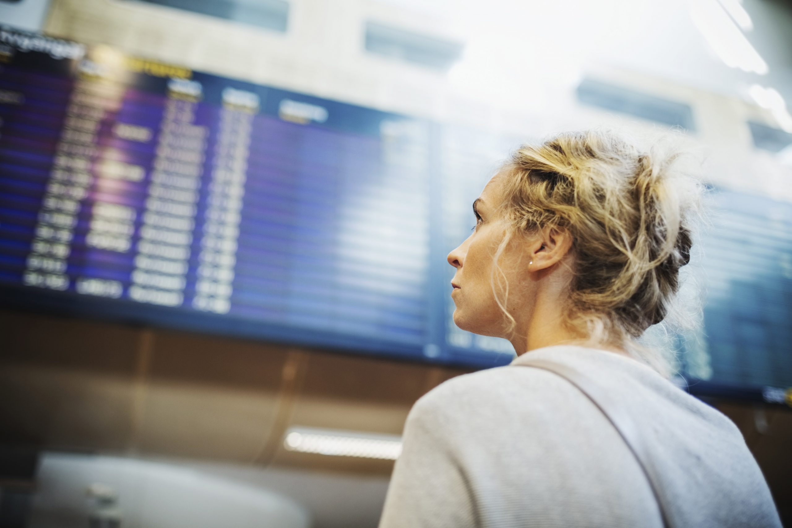 Mange flypassagerer må skifte fly i andre lufthavne for at komme fra A til B – selv om der er en direkte ruter på strækningen. Pressearkivfoto fra svenske Swedavia, Maskot.
