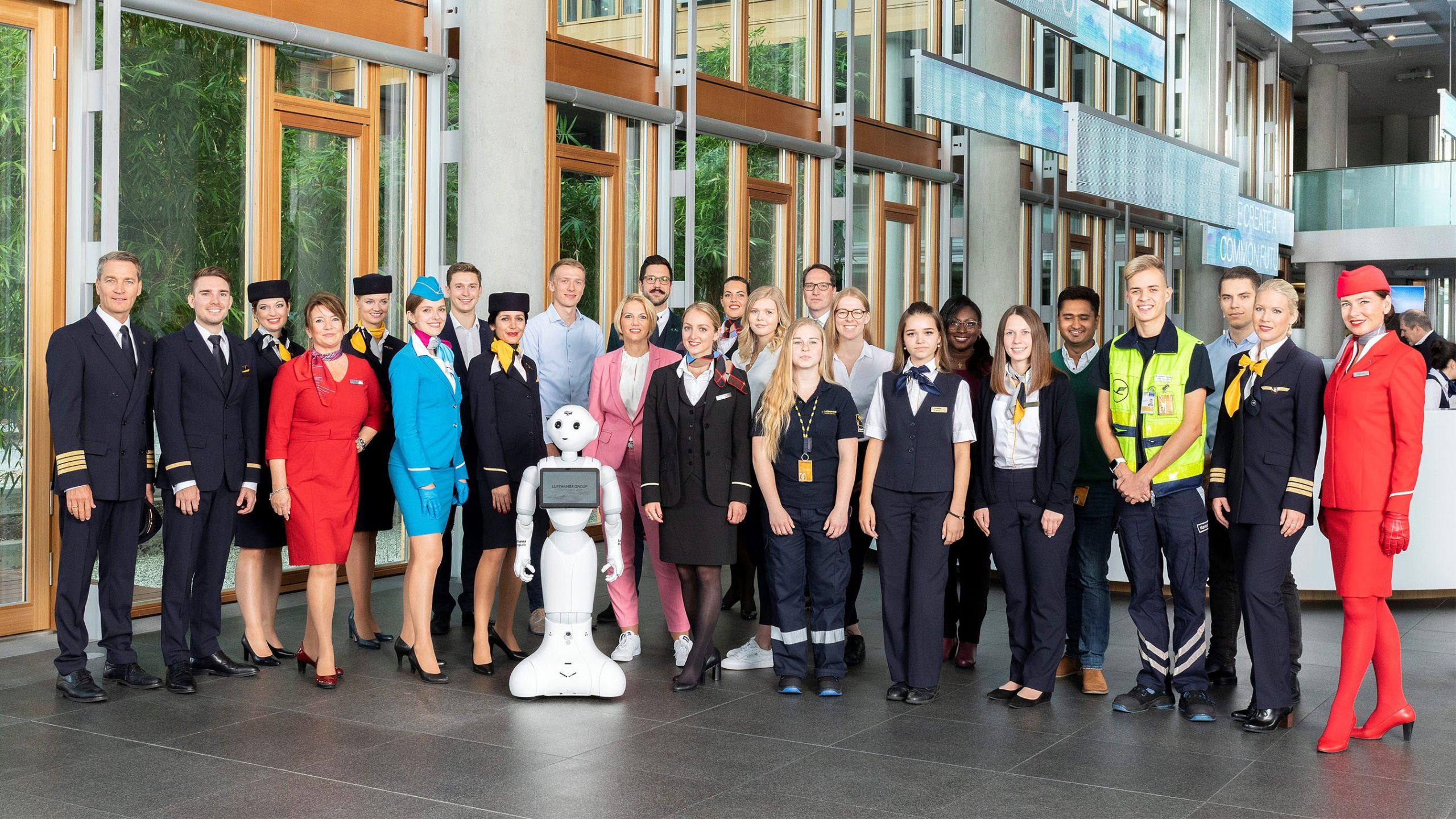 Der bliver nyansatte og muligheder for nye jobs til eksisterende medarbejdere i Lufthansa-gruppen i år. Her et bredt udsnit af ansatte i koncernen. Pressefoto for Lufthansa: Claus Morgenstern.