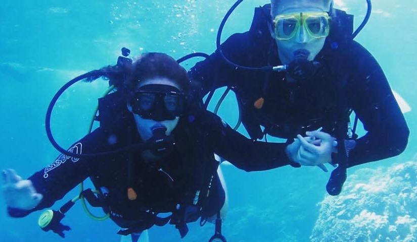 Mie Mogensen og Lasse Thorius under vandet på en ferie i Hurghada. (Privatfoto)