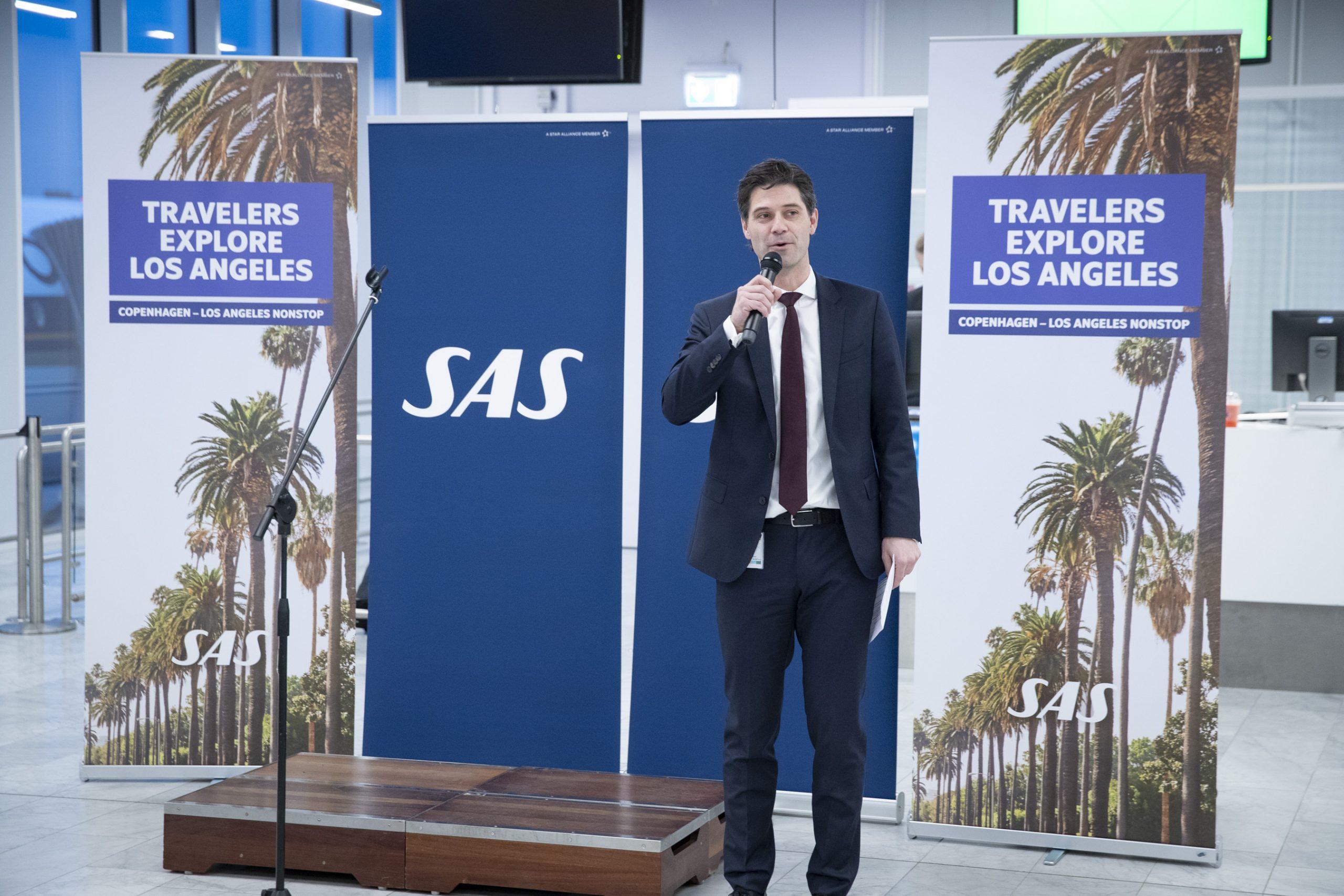 Koncerndirektør i SAS,Simon Pauck Hansen, under hans tale ved onsdagens genåbning af SAS-ruten – efter over 25 år – mellem København og Los Angeles. SAS har nu 11 langruter i CPH. Foto: Ernst Tobisch.