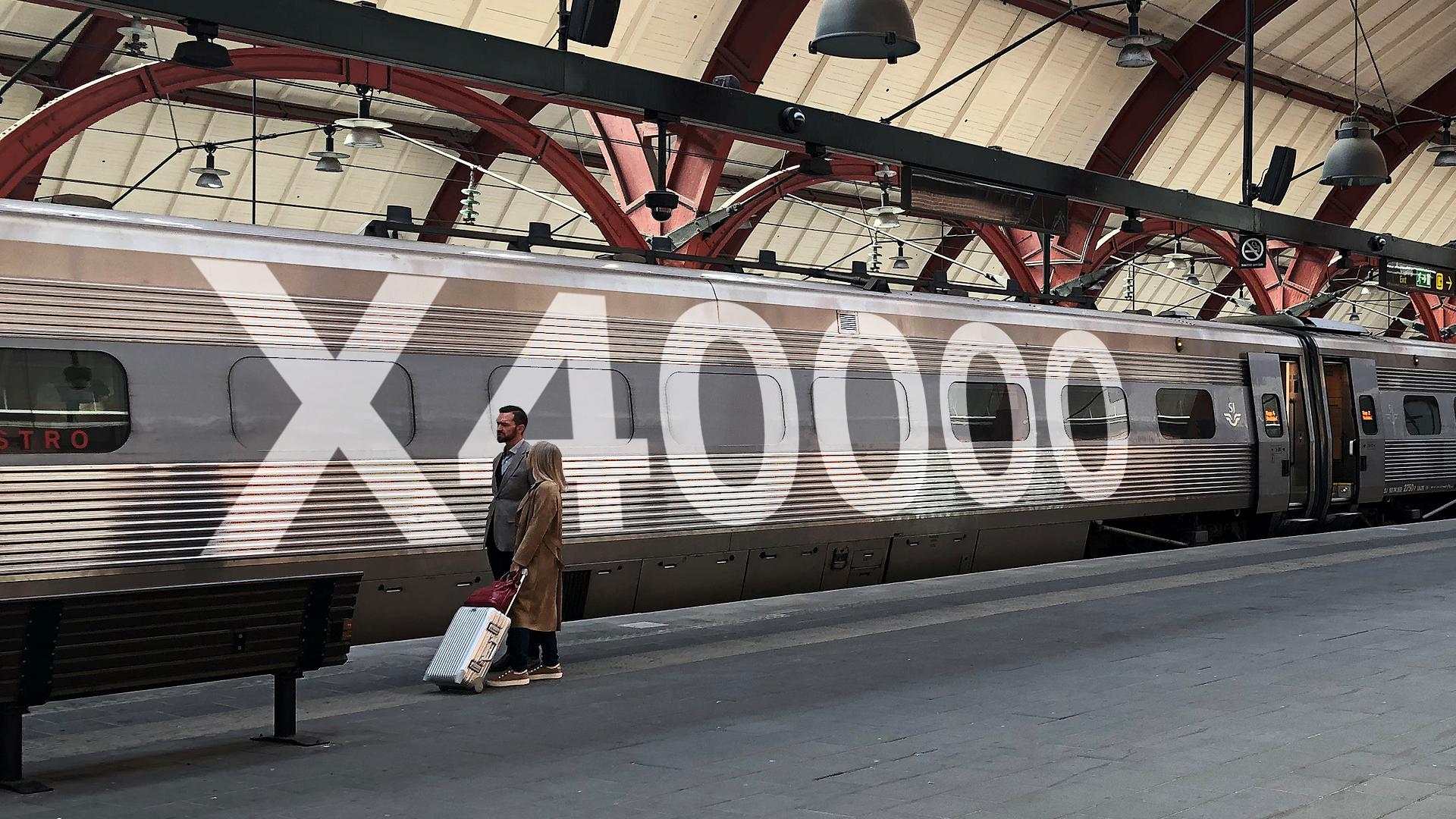 Med tallet X 40.000 signalerer det svenske DSB, SJ, at der er lige så megen kvælstofudledning på én flyrejse mellem Stockholm og Gøteborg som med 40.000 rejser med det svenske højhastighedstog, X 2000. Pressefoto fra SJ.