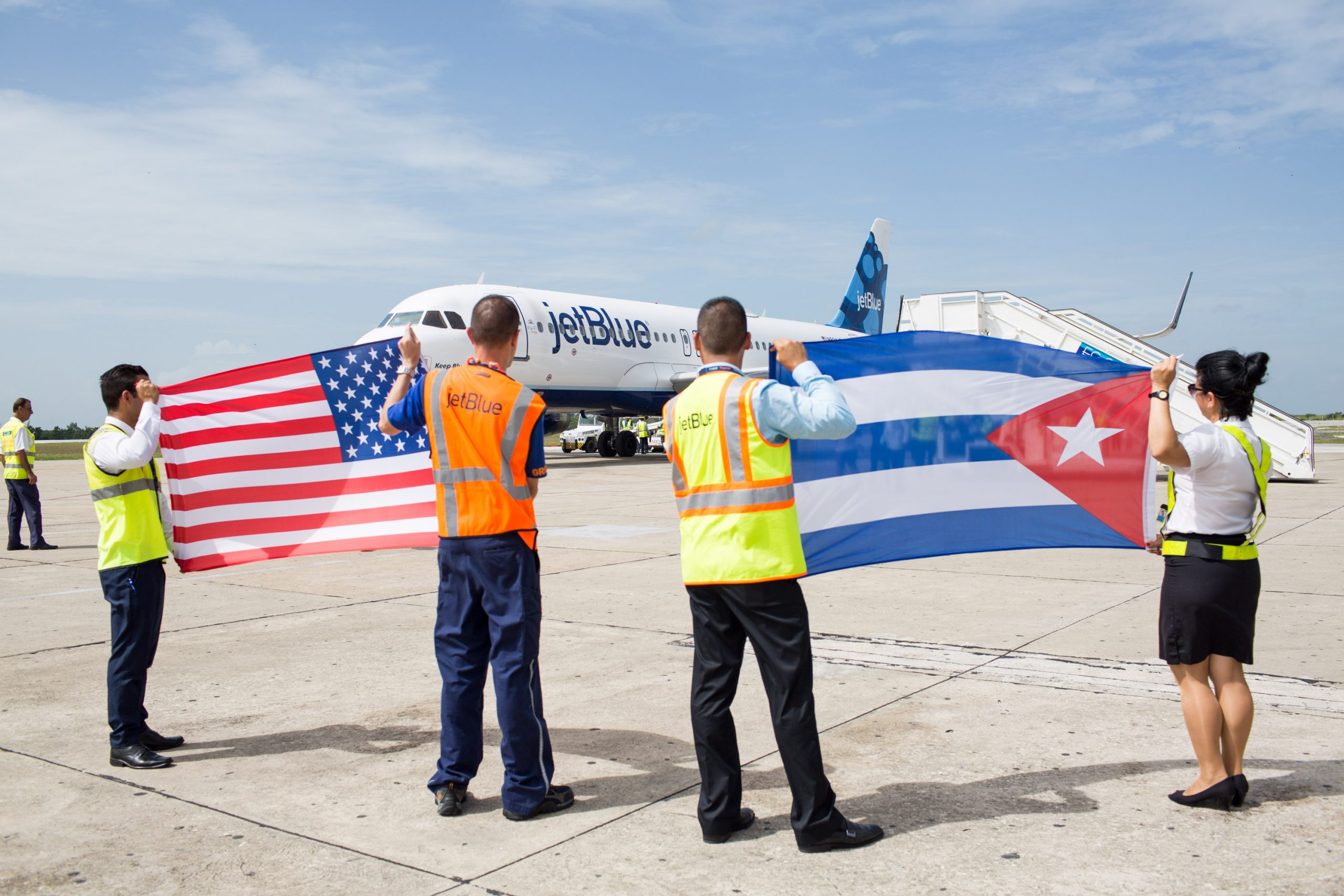 Det bliver stadig sværere at kunne flyve fra USA til Cuba som følge af restriktioner fra den amerikanske regering. Her pressearkivfoto fra JetBlue Airways, da det amerikanske selskab i 2016 havde ruteåbning til Cuba.