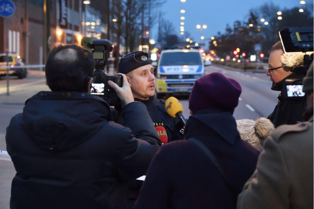 En SAS-medarbejder fra hovedkontoret i Stockholm er blevet bortvist efter han blev anholdt på hovedkontoret af svensk politi i forbindelse med en narkosag. Arkivpressefoto fra svensk politi – uden tilknytning til den pågældende sag.