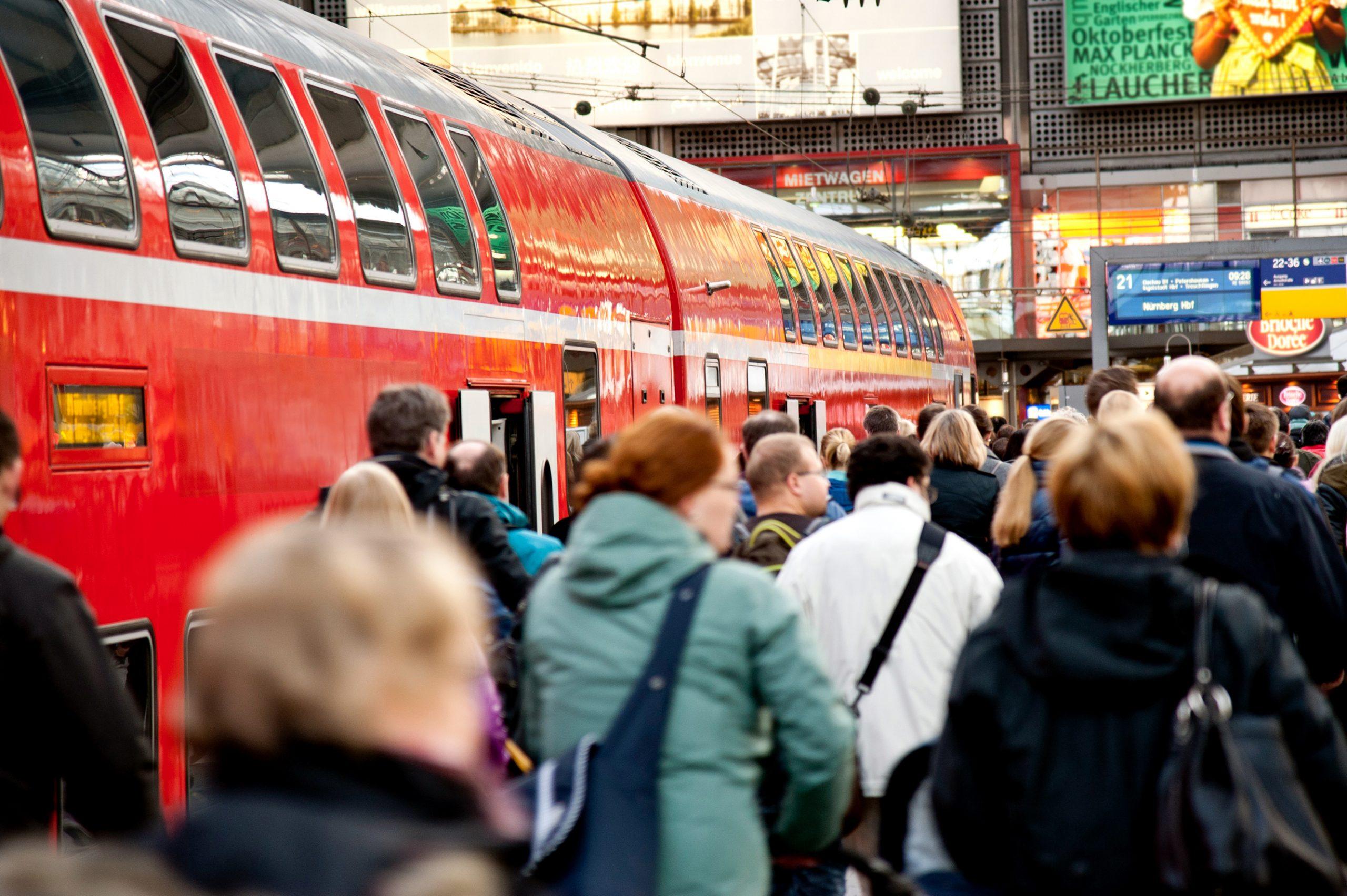 Qatar Airways får nu samarbejde med de tyske jernbaner om transport af passagerer til og fra otte tyske byer. Arkivfoto: Deutsche Bahn.