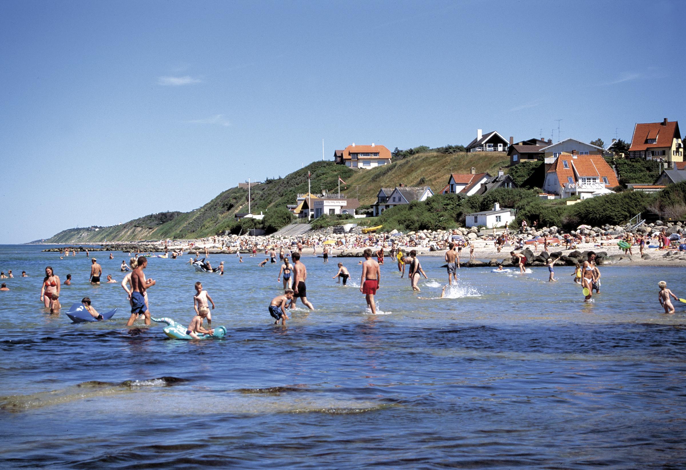 Danmark havde sidste år 56 millioner målbare turismeovernatninger, ferie- som erhvervsrejsende. Her er det Tisvildeleje på Sjællands nordkyst. Pressefoto: VisitNordsjælland, Klaus Bentzen.