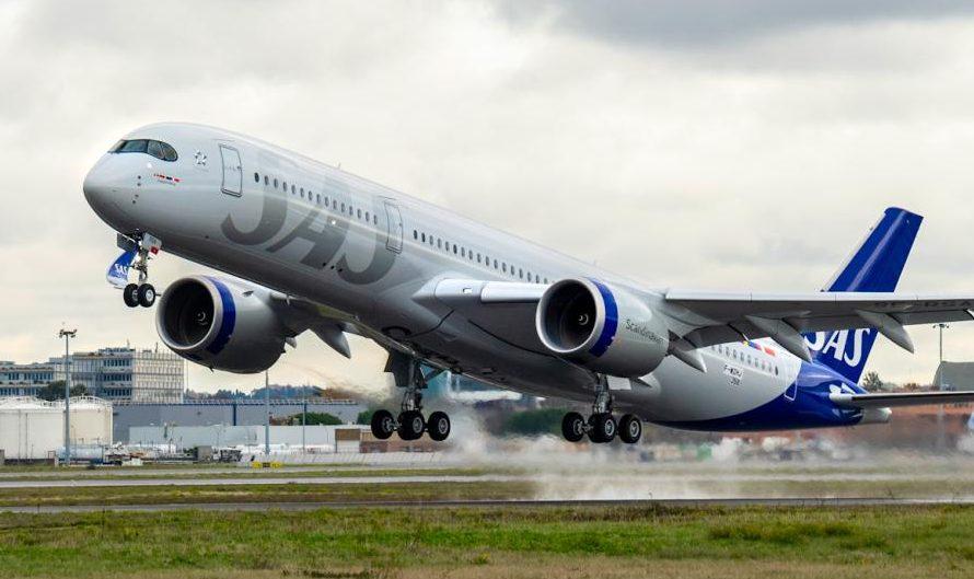 Falder de sidste tilladelser på plads, sender SAS denne uge en af sine nye Airbus A350 med plads til 300 passagerer til Perus hovedstad, hvor det torsdag formiddag lokal tid flyver fra Lima mod Københavns Lufthavn. Arkivpressefoto: SAS.