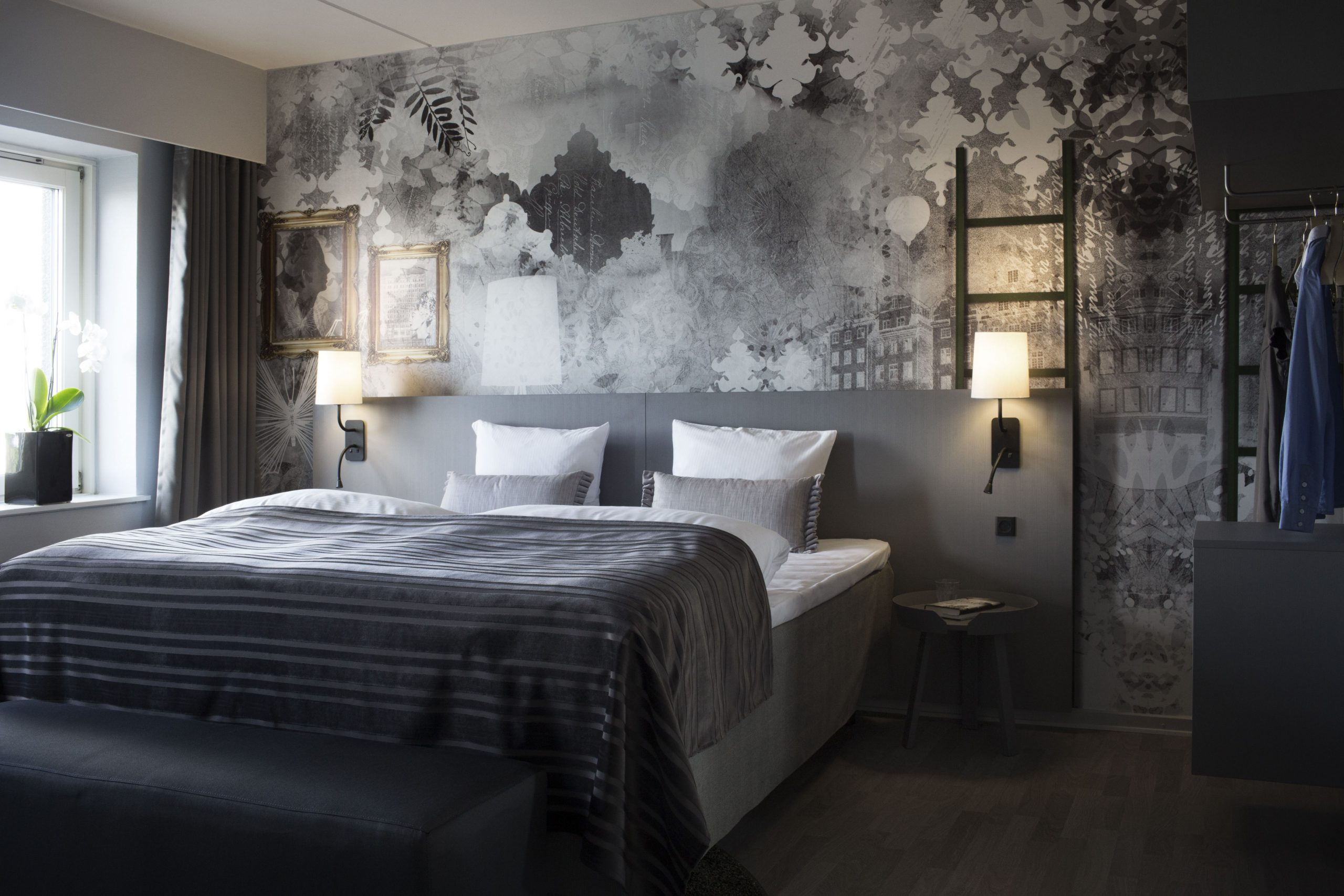 Dansk Erhverv kritiserer de store bookingportaler – blandt Dansk Erhvervs danske hotelmedlemmer er Danmarks største hotelkæde Scandic. Arkivpressefoto med et Scandic-værelse.