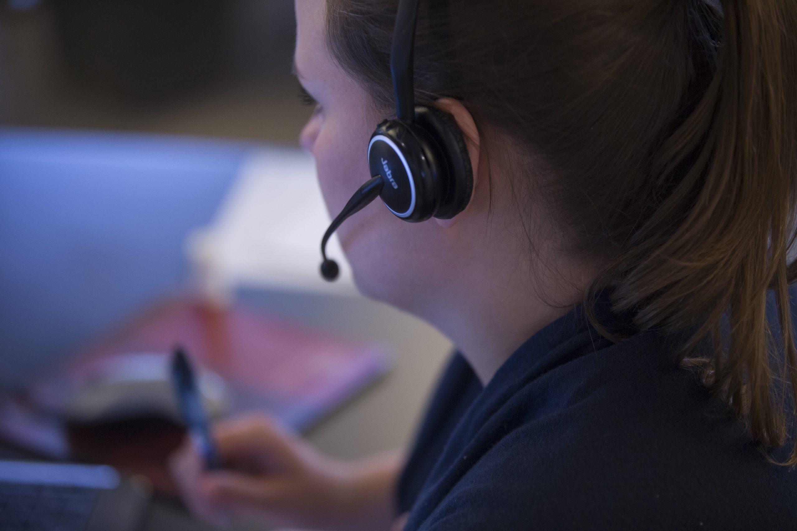 Alarmcentralen SOS på Frederiksberg opsiger 65 af 600 medarbejdere – og hjemsender 200 af sine hidtil 850 ansatte i København og Aarhus. Arkivfoto fra SOS International.