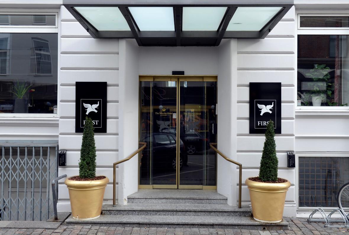 To af First Hotels danske hoteller har netop forladt kæden og drives nu foreløbig af ejeren af bygningerne, Pamdox. Her er det Hotel Mayfair, tæt på hovedbanegården i København. Foto: Pandox AB.
