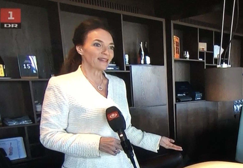 Katia K. Østergaard interviewes til TV-Avisen om blandt andet første åbningsbølge, foto: Horesta.