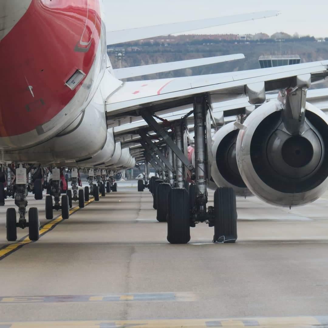 Også hos Iberia står mange fly i denne tid stille, men selskabet gennemfører dog stadig nogle særflyvninger for at bringe strandede statsborgere hjem til Spanien. Pressefoto: Iberia.