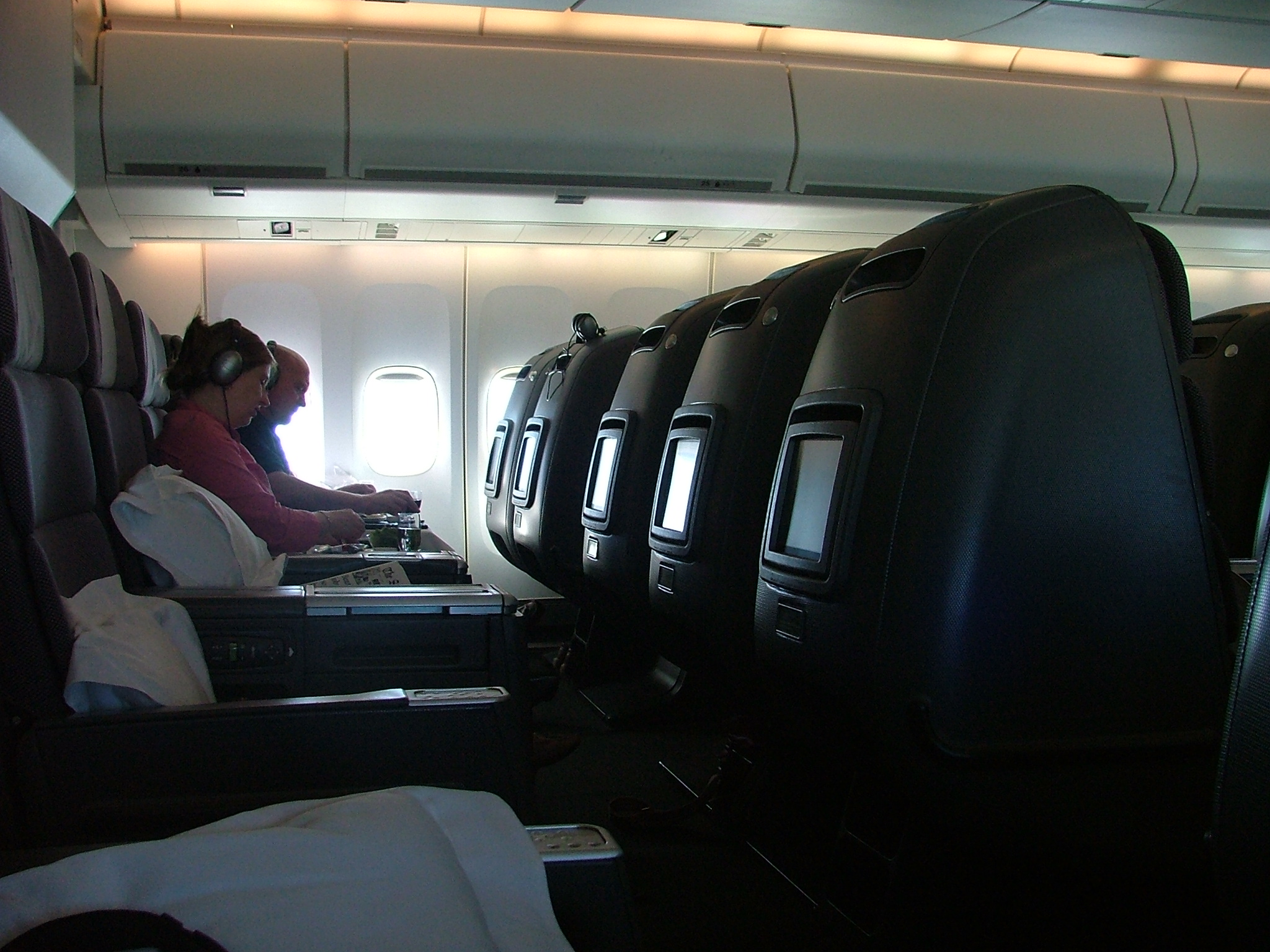 Bliver en konsekvens af coronakrisen at erhvervslivet rejser mindre, vil der være flere tomme pladser på mange flyselskabers lukrative business class, siger analytiker. Arkivfoto: Henrik Baumgarten.
