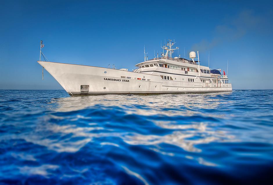 Skal det være fint sælges nu fra sidst i juni og foreløbig gennem juli pladser ombord på den klassiske yacht M/Y Sanssouci Star med syv besætningsmedlemmer og plads til 12 passagerer. Hele yachten kan også lejes af for eksempel samme person. PR-foto fra Bella Vista Travel.