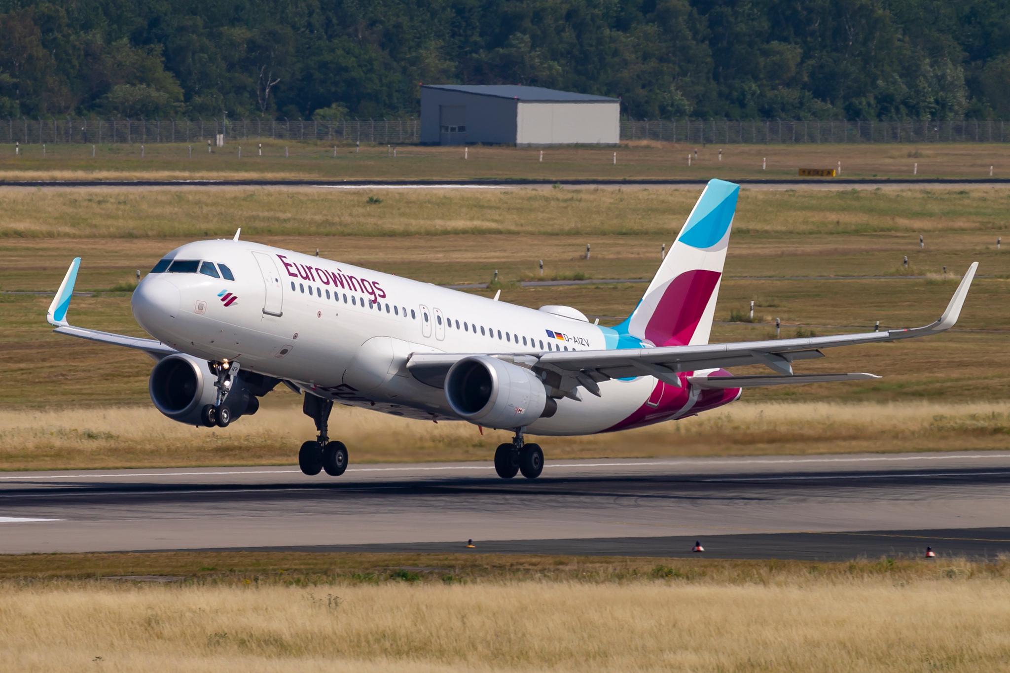 En Airbus A320 fra tyske Eurowings fløj forleden mod Sardinien, men måtte returnere til Düsseldorf da den italienske lufthavn stadig var lukket. (Arkivfoto: © Thorbjørn Brunander Sund, Danish Aviation Photo)