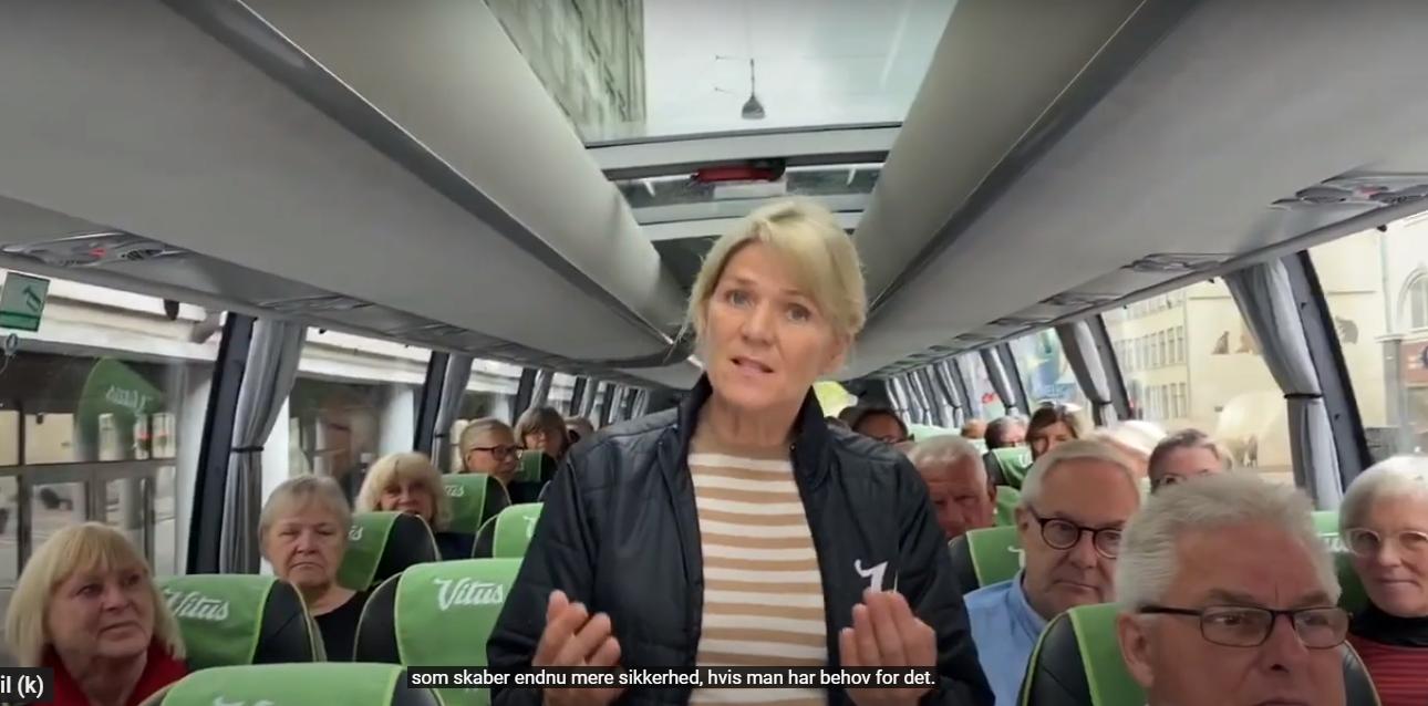 """Vitus Rejser klar til at når statsministeren hæver grænsebommen, er budskabet fra rejsebureauets administrerende direktør, Heidi Maak Glinvad. Hun er her i bureauets video om sine tiltag for rejser under coronakrisen. """"Passagererne"""" er nogle af bureauets rejseledere."""