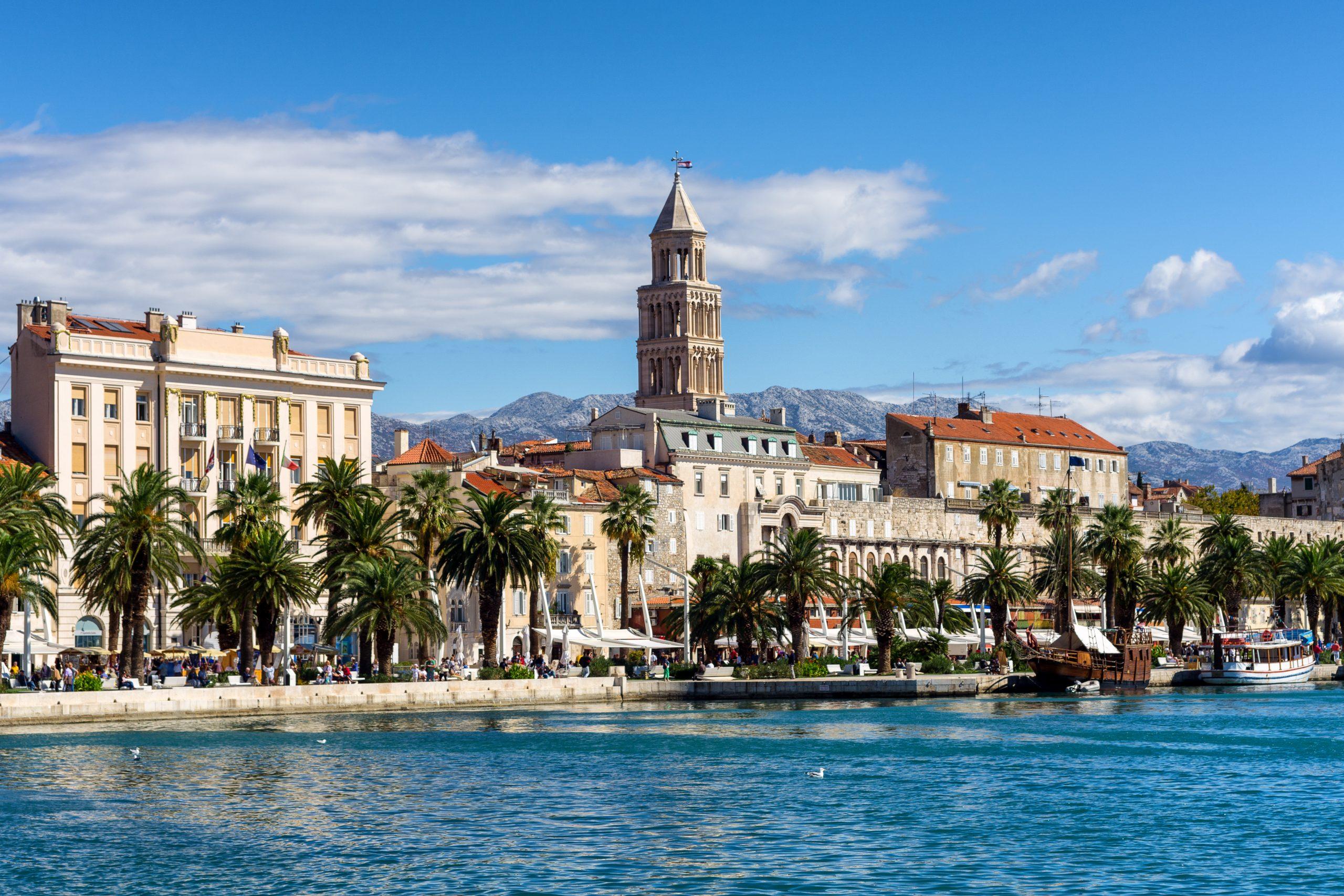 Med undtagelse af Sverige og Portugal bliver der 27. juni åbnet for at danskerne kan rejse ud i Europa som turister. Her er det Split i Kroatien. Foto: Kroatiens Turistråd.