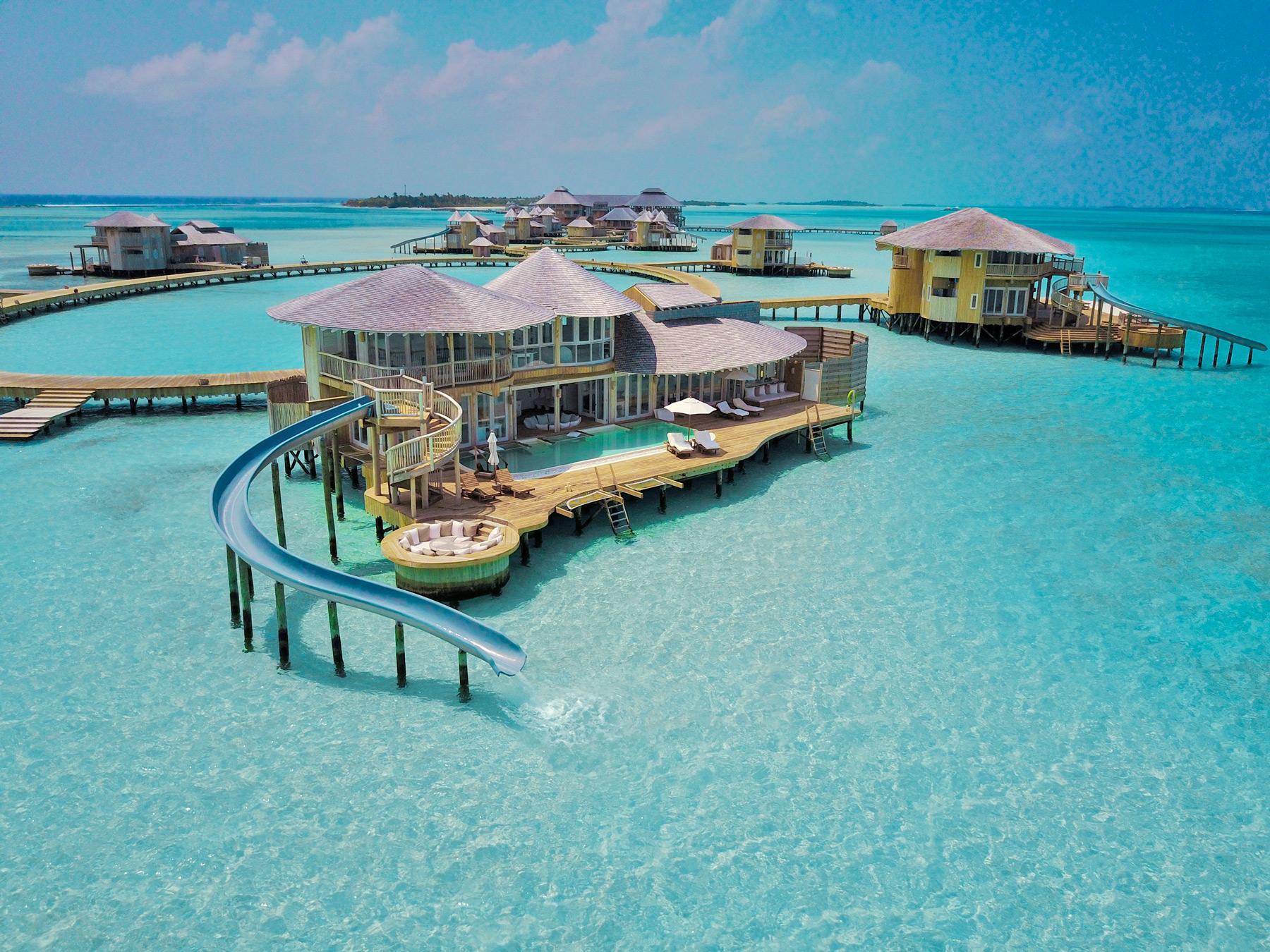 De to resortøer Soneva Jani og Soneva Fushi skal lejes for mindst tre døgn – ét døgn koster 850.000 kroner. PR-foto via Blixen Tours.