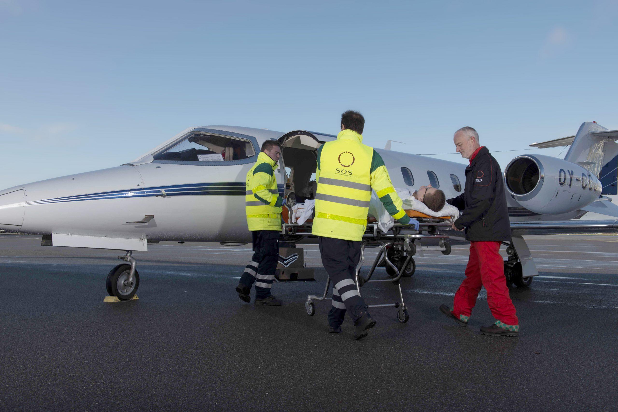 Alarmcentralen SOS International håndterer i et normalt år omkring 200.000 skadesager, fra det helt banale til komplicerede hjemtransporter med ambulancefly. Arkivpressefoto fra SOS International.
