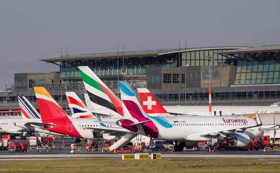 Tyskland åbner fra på mandag mange af sine grænser til andre europæiske lande. Det giver blandt andet mulighed for flere flyvninger – også for danske turister, der kan køre til for eksempel lufthavnen i Hamborg. Arkivpressefoto Hamborg Lufthavn.