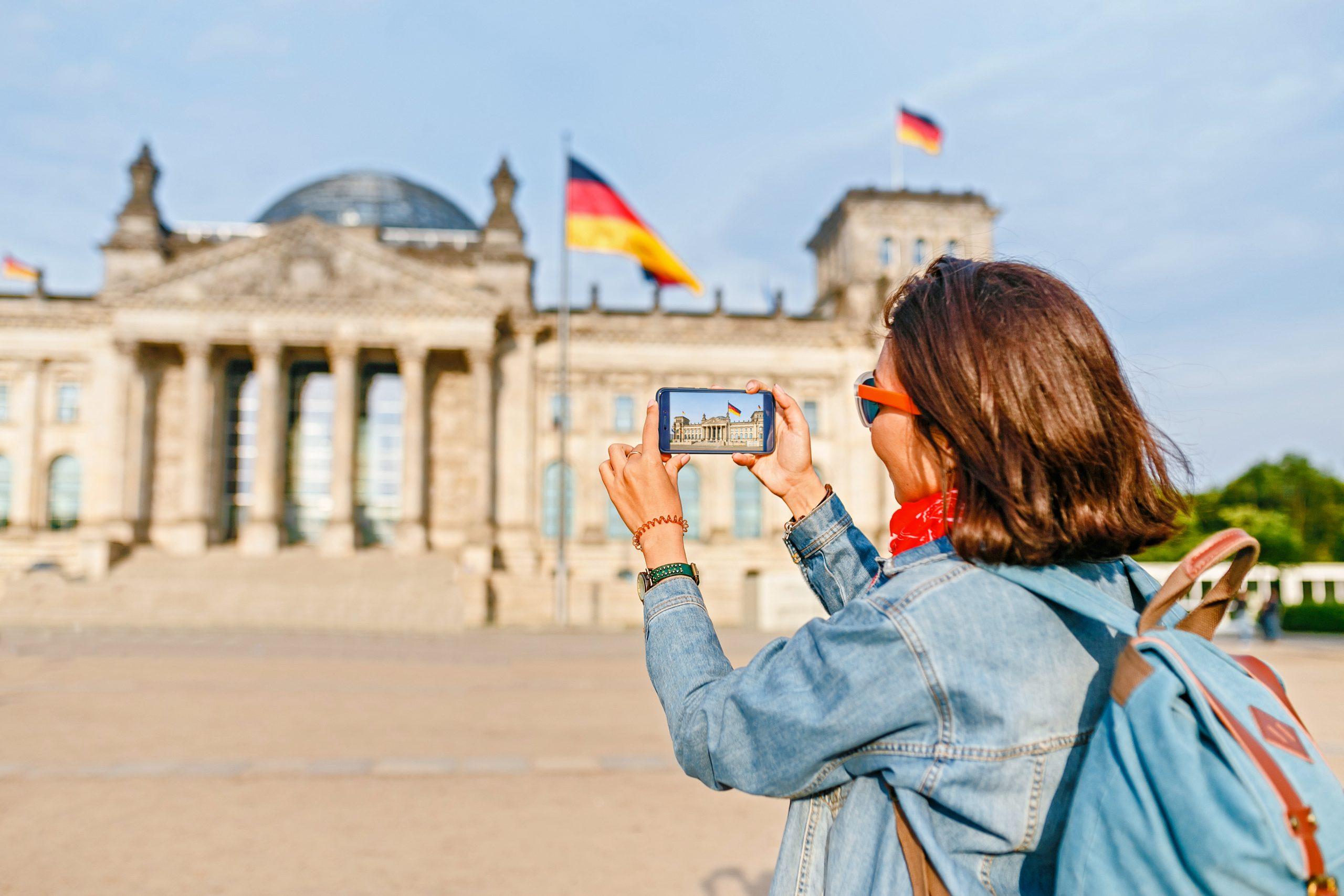 Danskerne kan nu også rejse til Tyskland, herunder hovedstaden Berlin. Og den mulighed har mange danske turister benyttet siden grænserne genåbnede. Pressefoto fra teleselskabet 3.