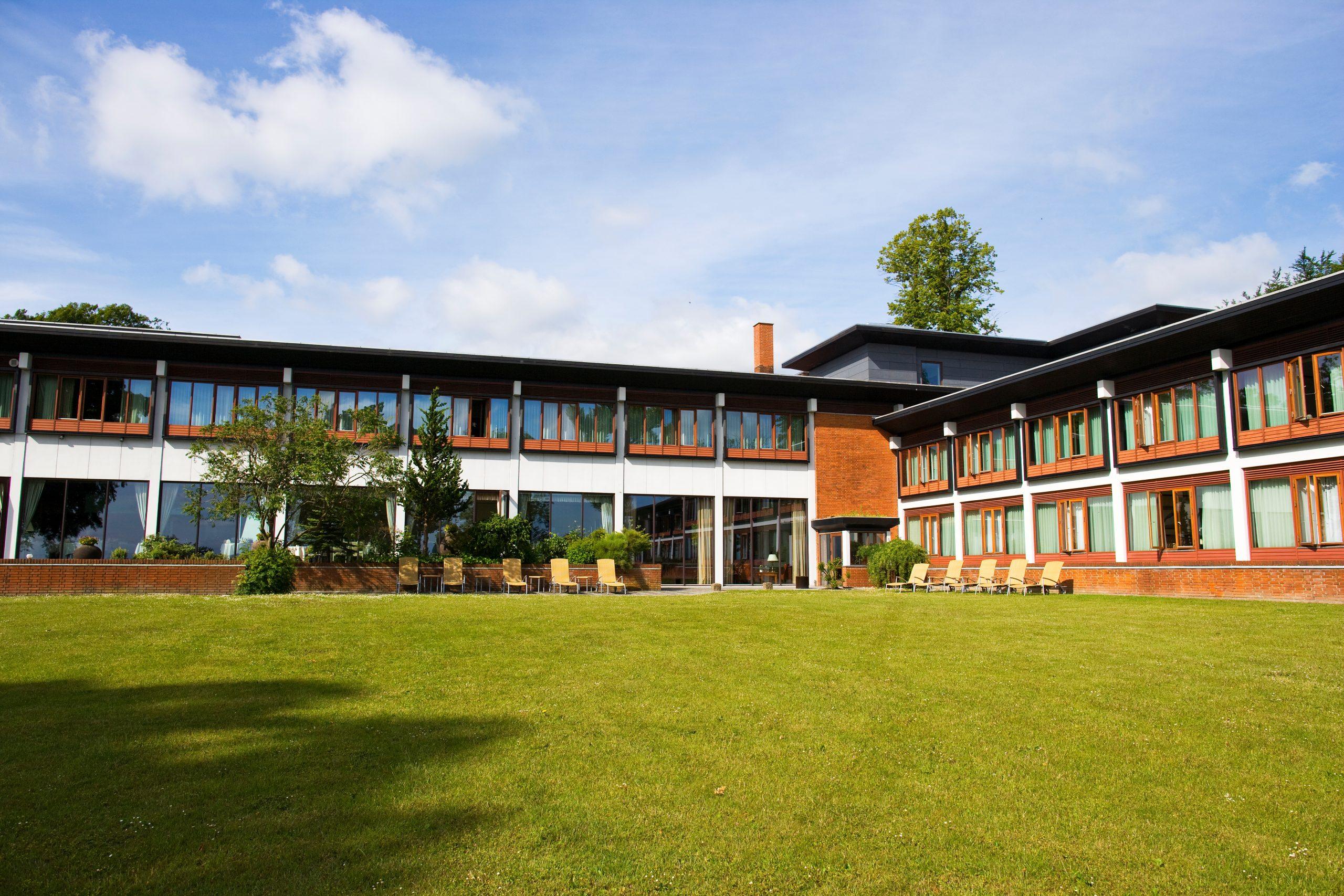 Et af Danmarks fineste hoteller, Hesselet på Fyn, har denne sommer primært danske gæster. PR-foto: Hotel Hesselet.             ©Mette Krull