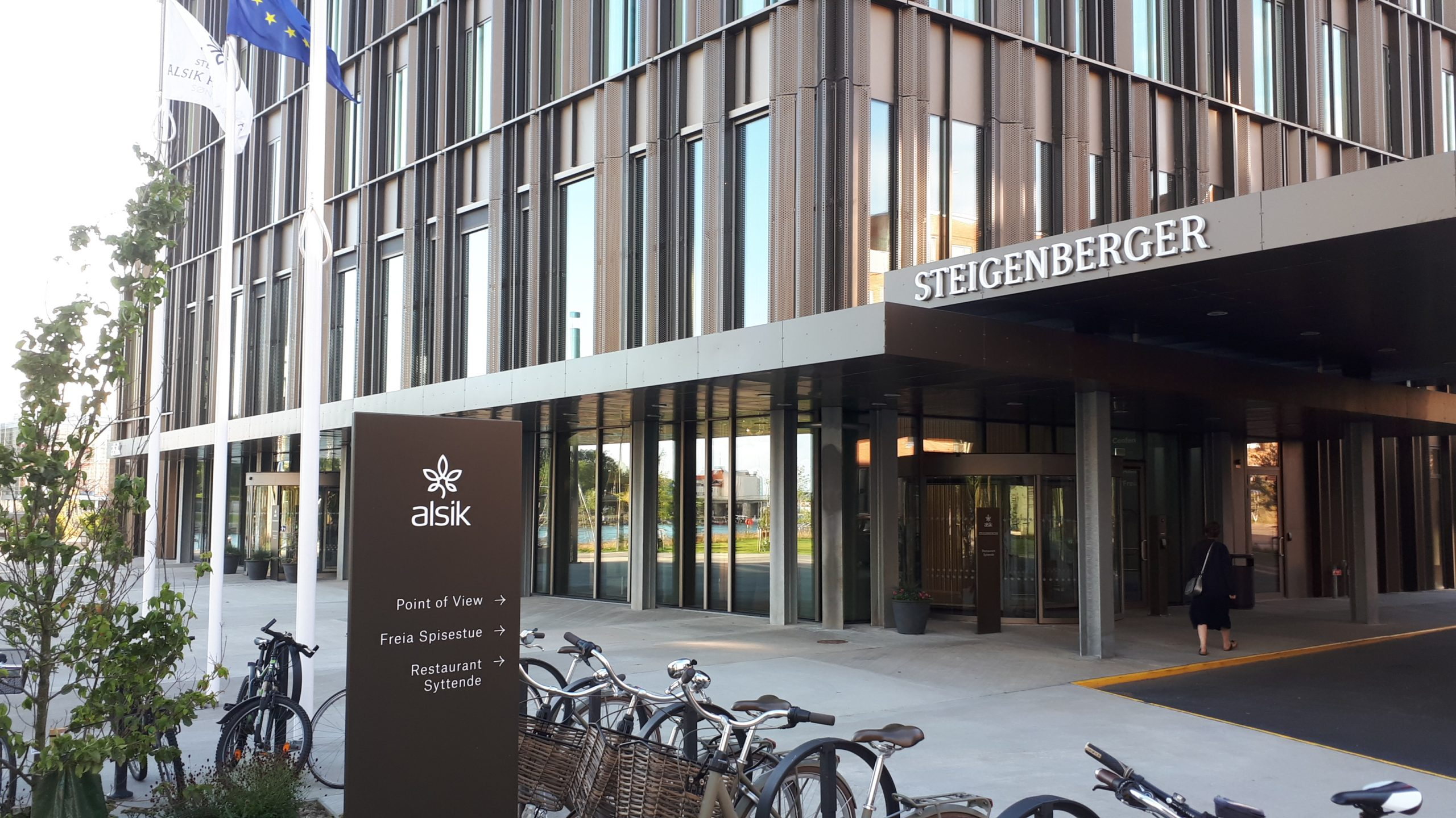 Med 190 værelser og suiter er Steigenberger Alsik Hotel & Spa det største hotel i Sønderjylland. Hotellet åbnede sidste forår, men har haft svært ved at finde en permanent direktør. Arkivfoto: Henrik Baumgarten.
