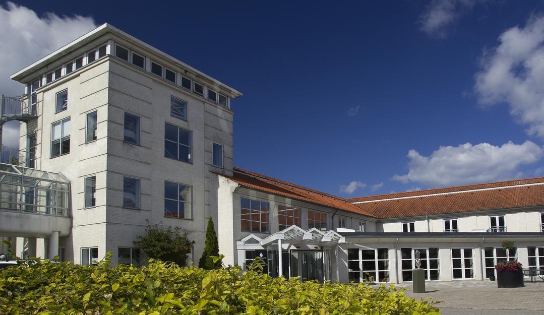 Comwells to konferencehoteller ved Storebælt fik underskud sidste år og måtte have øget egenkapitalen. Her er det Comwell Korsør, arkivpressefoto.