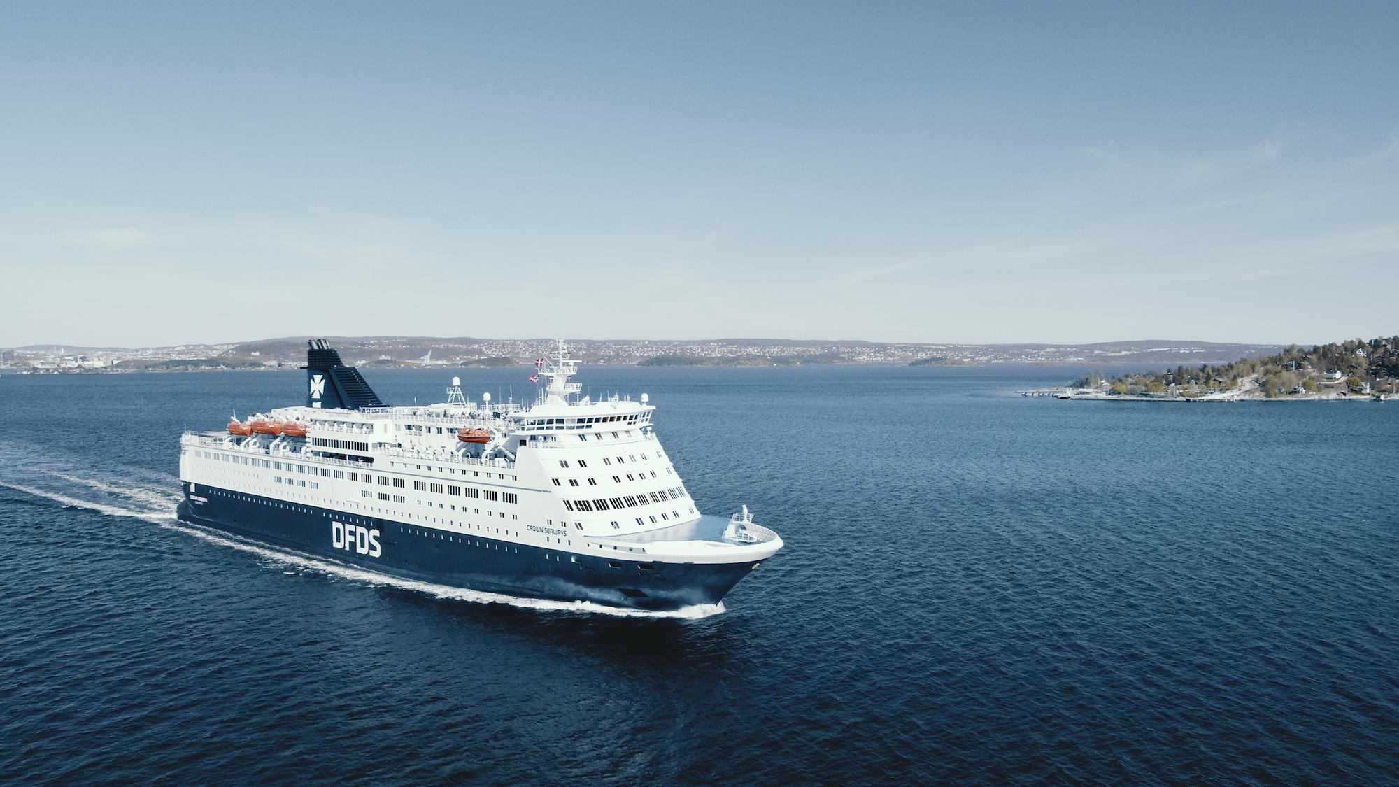 Crown Seaways, billedet, er et af de to skibe på DFDS' daglige rute fra København via Frederikshavn til Oslo. Pressefoto: DFDS.