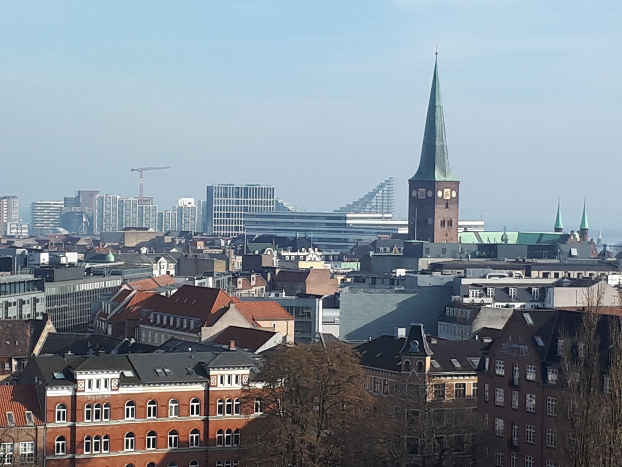 Aarhus stod ligesom København også for at få overnatningsforbud fra udenlandske turister, men Aarhus blev i sidste øjeblik pillet af listen. Arkivfoto fra Aarhus: Henrik Baumgarten.
