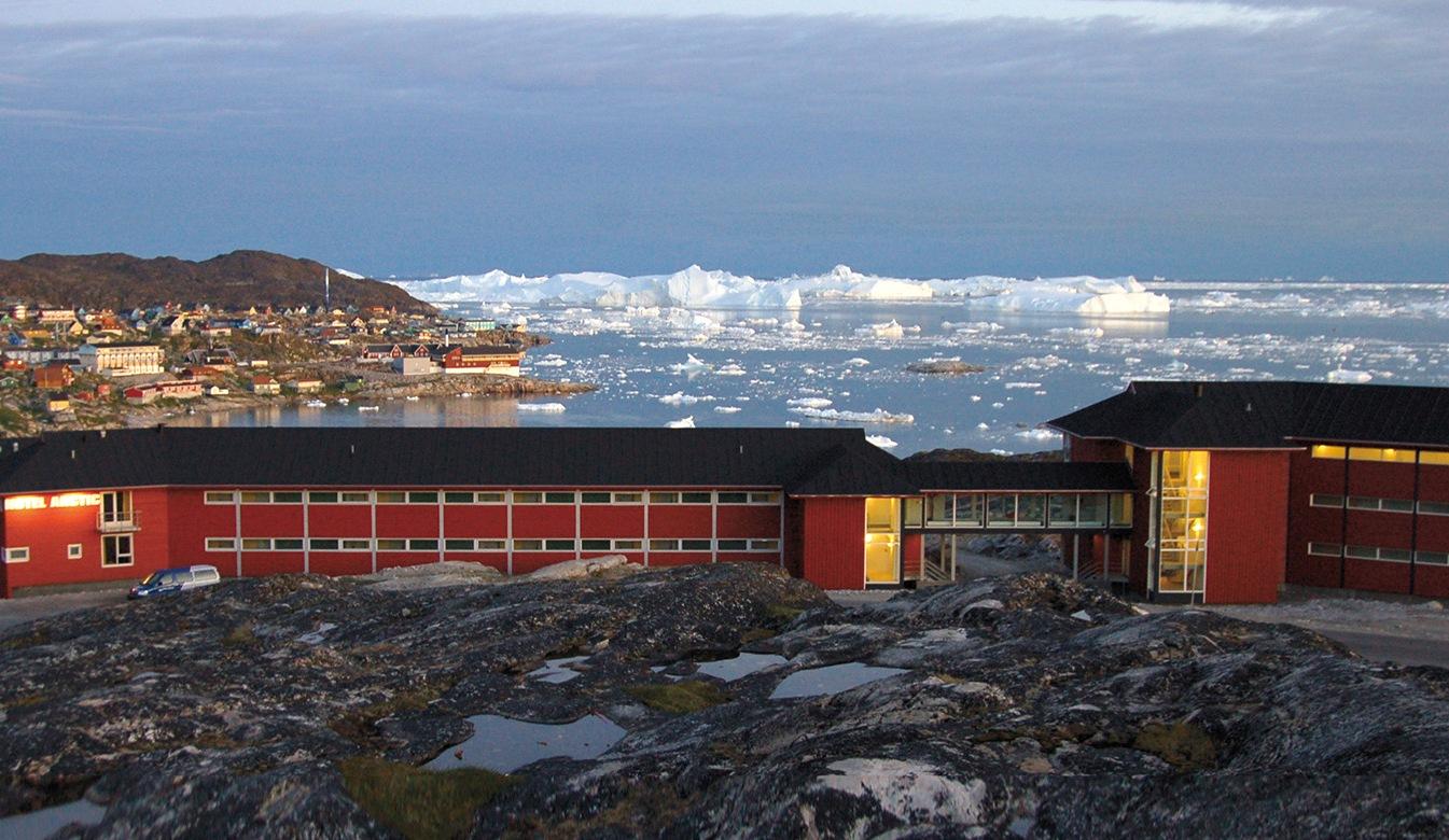 Også de grønlandske hoteller er hårdt plaget af færre gæster og mindre efterspørgsel på leje af mødelokaler. Her er det Hotel Arctic i Ilulissat, hotellet ejes afAir Greenland-koncernen. Arkivpressefoto: VisitGreenland.com