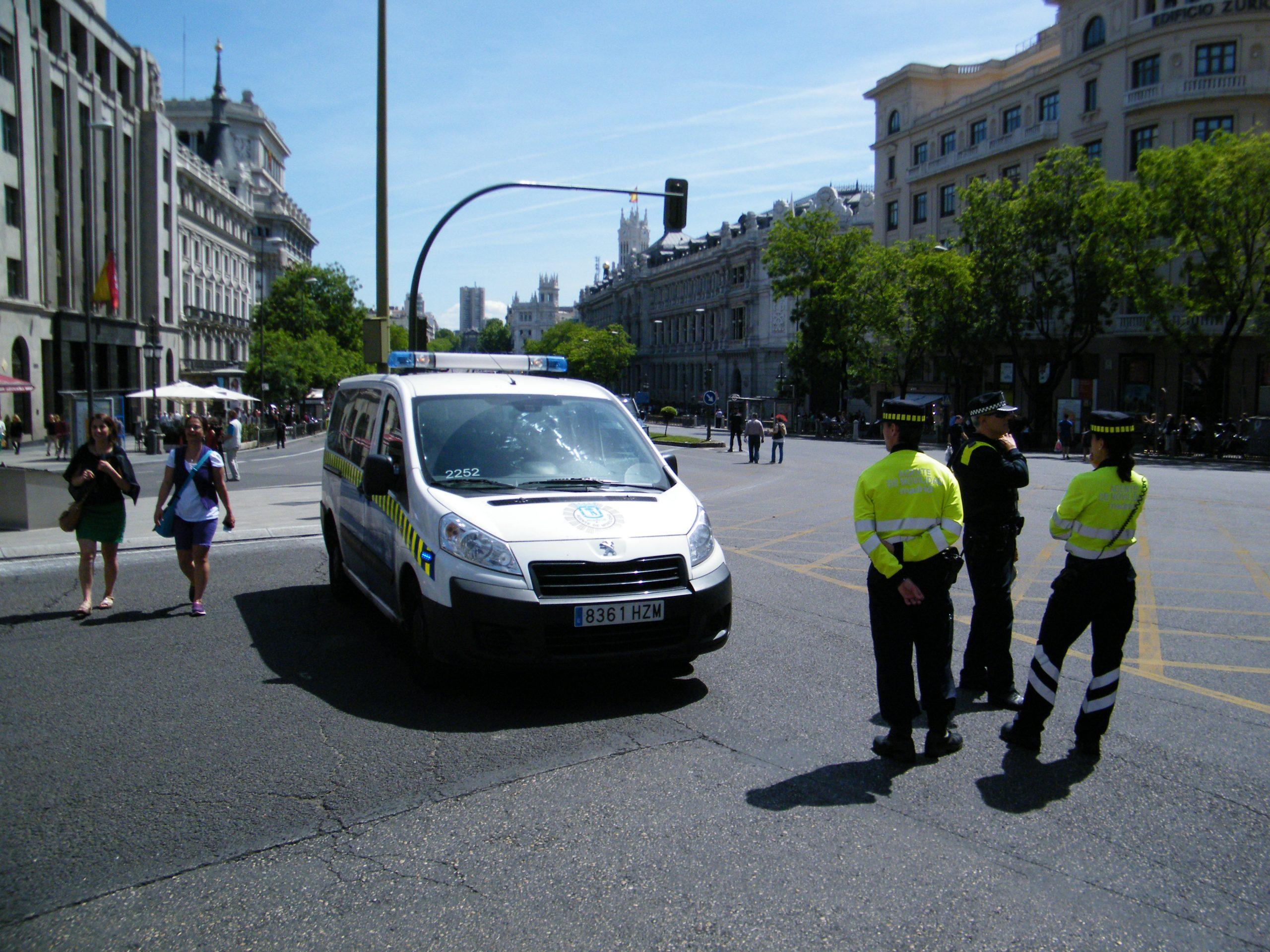 Spanien er et af de lande med den i øjeblikket højeste coronasmitterate; her arkivfoto fra hovedstaden, Madrid: Henrik Baumgarten.