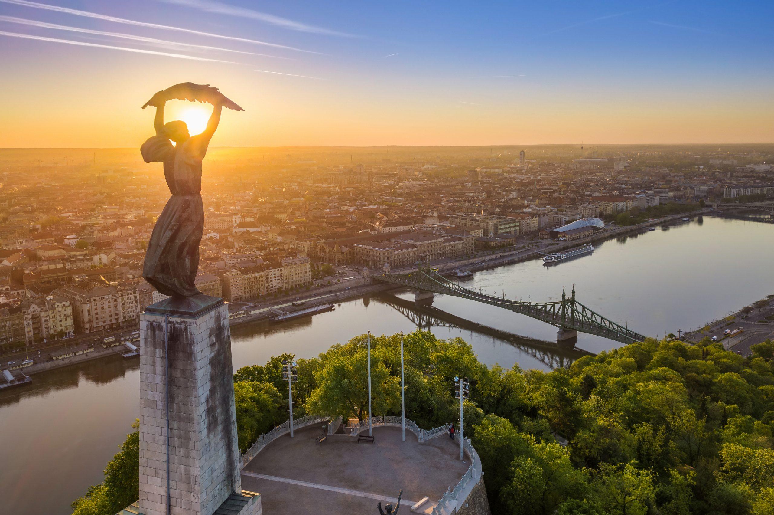 Et kig ud over den ungarske hovedstad, Budapest. Pressefoto: Det nationale ungarske turistbureau (HTA)