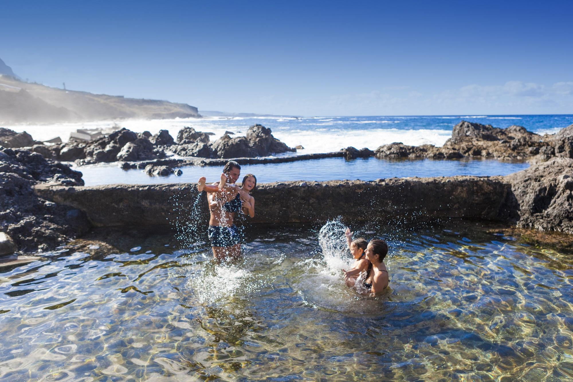 Tallene frem mod seneste weekend fra de spanske sundhedsmyndigheder viser fortsat, at tallene stadig er meget høje for de Kanariske Øer. Her er det Tenerife, den største af øerne. Arkivpressefoto: Den Spanske Stats Turistbureau.