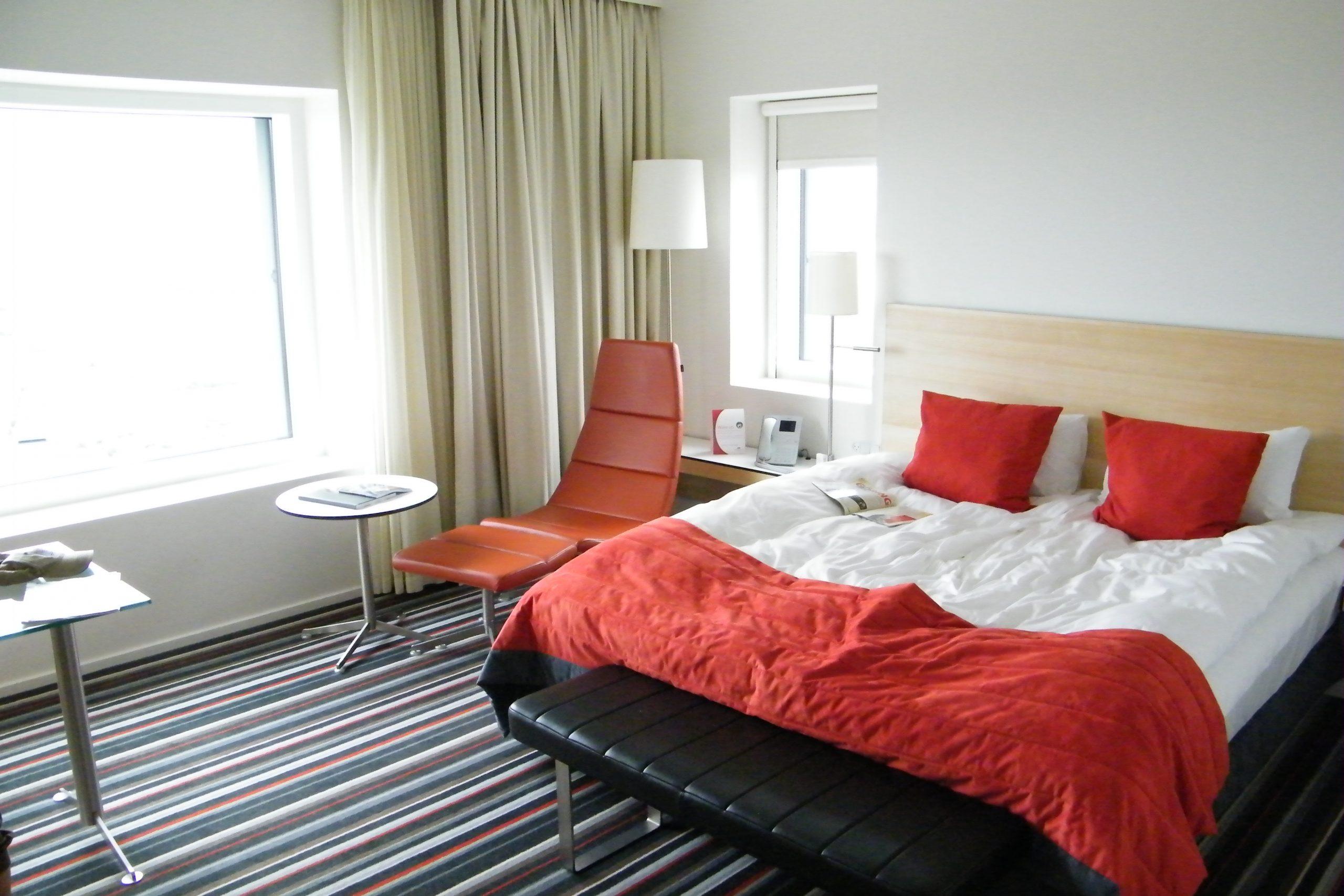 De danske hoteller havde i juli 48 procent mindre omsætning end samme måned sidste år, især som følge af fraværet af udenlandske gæster samt seksdagesreglen, viser nye tal fra HORESTA. Arkivfoto: Henrik Baumgarten.